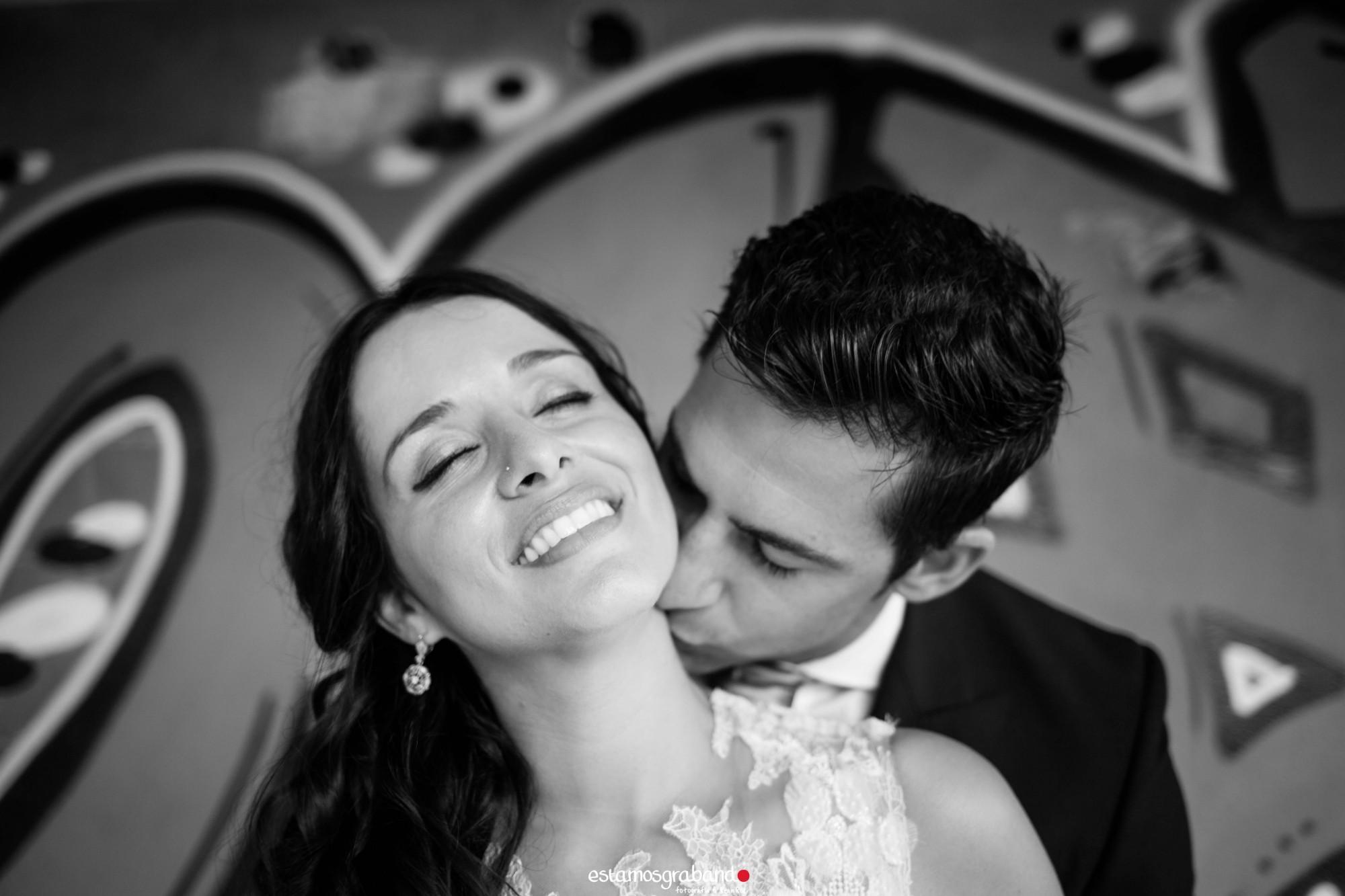 sonia-y-dani-32-de-48 Sonia & Dani - video boda cadiz
