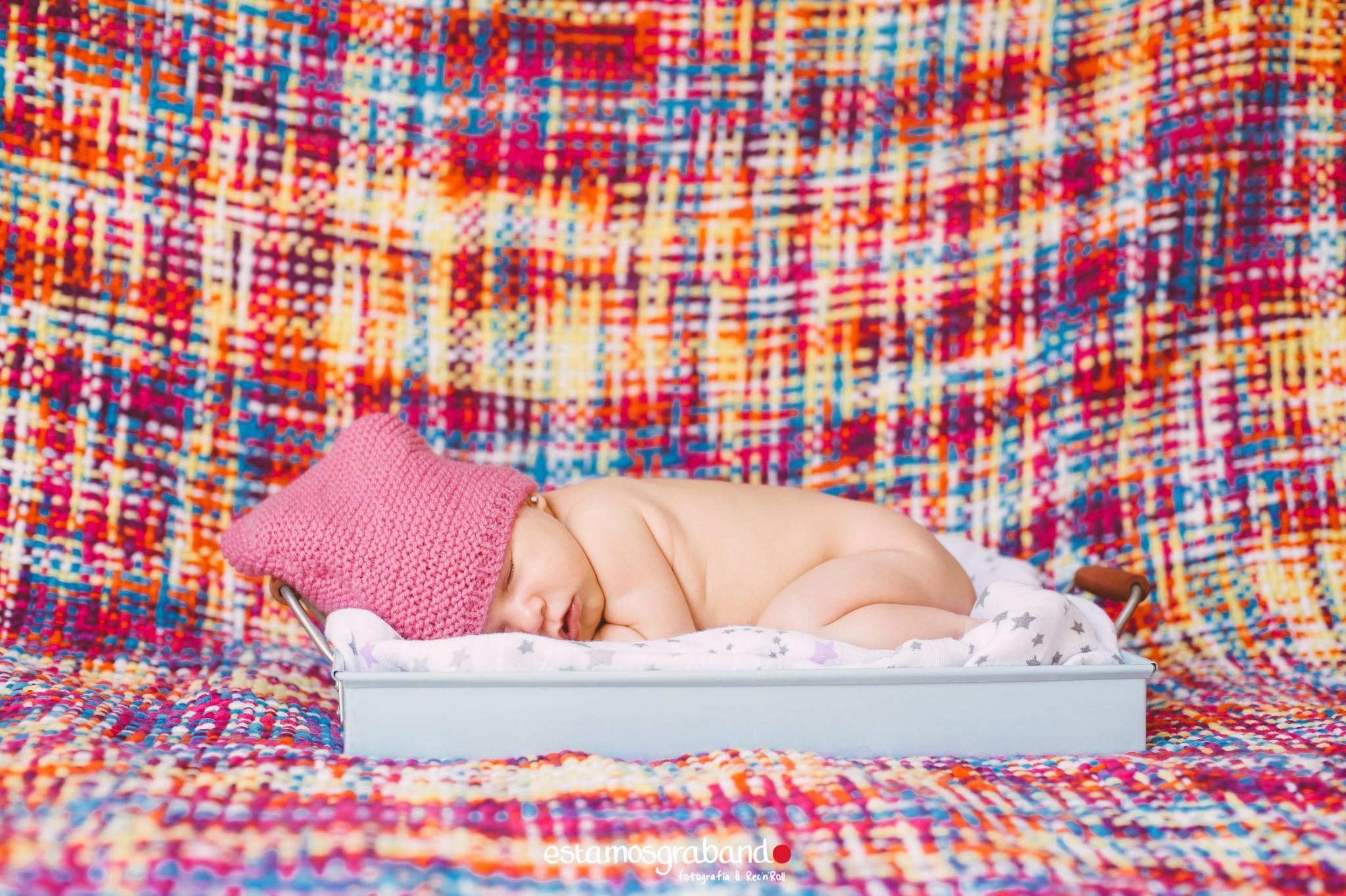 foto-bebe-fotografia-new-born-recien-nacidos-foto-familia-sesion-zahira-20 Zahira, The Baby - video boda cadiz