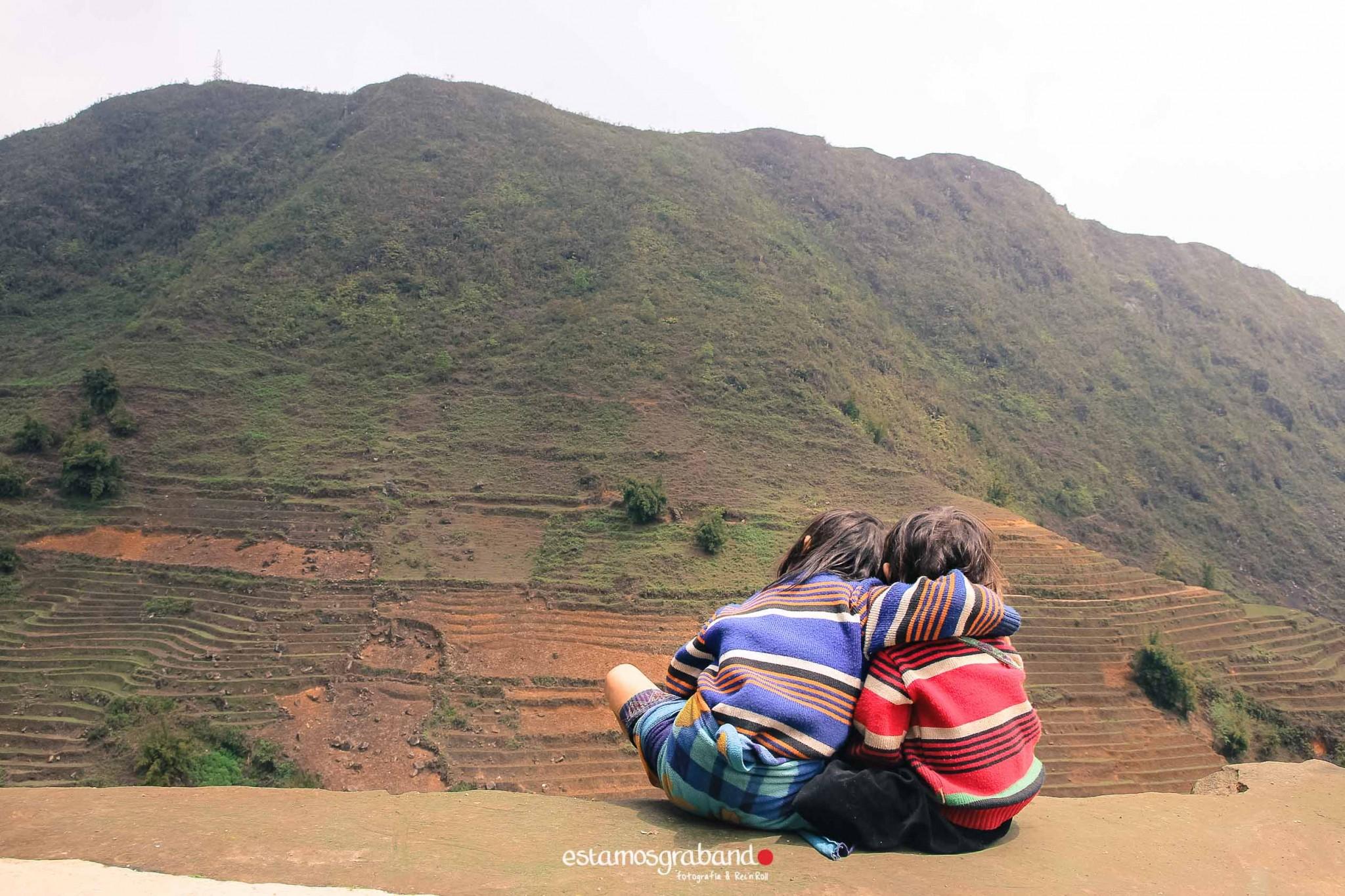 reportaje-vietnam_fotograficc81a-vietnam_estamosgrabando-vietnam_rutasvietnam_reportaje-retratos-fotos-vietnam_fotografia-vietnam_reportaje-estamosgrabando-fotograficc81a-vietnam-12 Pequeños grandes recuerdos de Vietnam en 100 imágenes - video boda cadiz