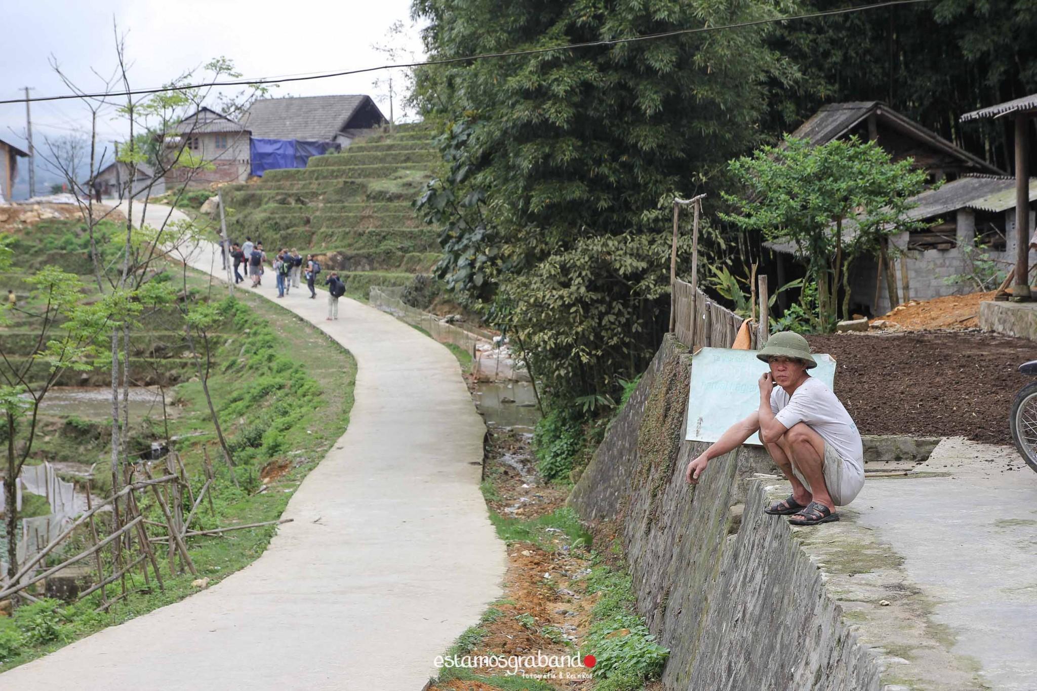 reportaje-vietnam_fotograficc81a-vietnam_estamosgrabando-vietnam_rutasvietnam_reportaje-retratos-fotos-vietnam_fotografia-vietnam_reportaje-estamosgrabando-fotograficc81a-vietnam-23 Pequeños grandes recuerdos de Vietnam en 100 imágenes - video boda cadiz