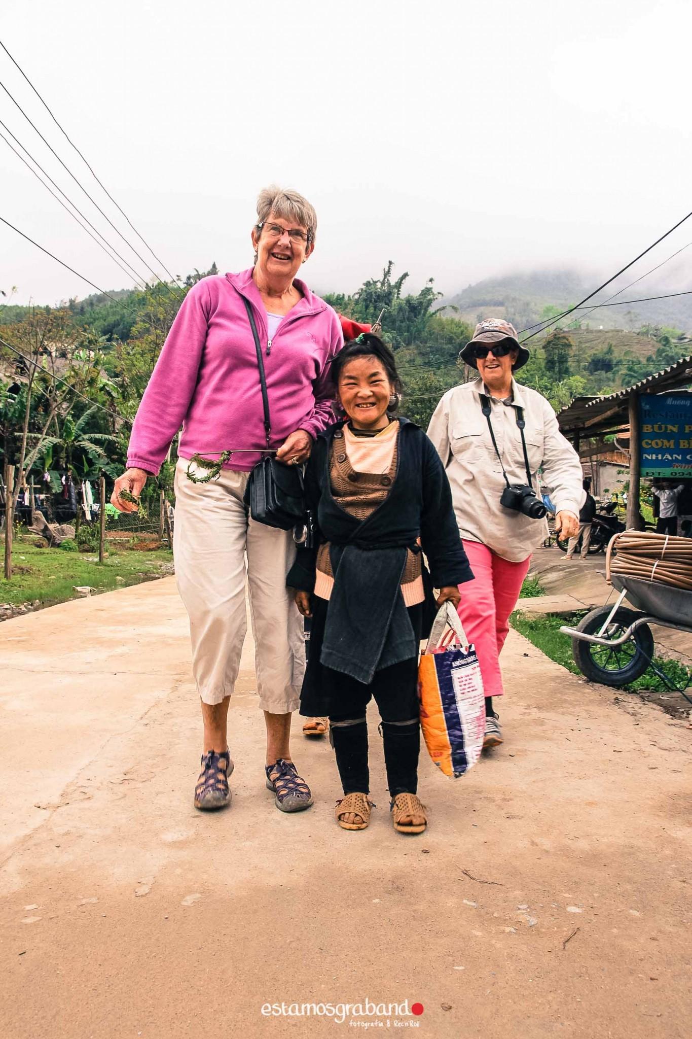 reportaje-vietnam_fotograficc81a-vietnam_estamosgrabando-vietnam_rutasvietnam_reportaje-retratos-fotos-vietnam_fotografia-vietnam_reportaje-estamosgrabando-fotograficc81a-vietnam-24 Pequeños grandes recuerdos de Vietnam en 100 imágenes - video boda cadiz