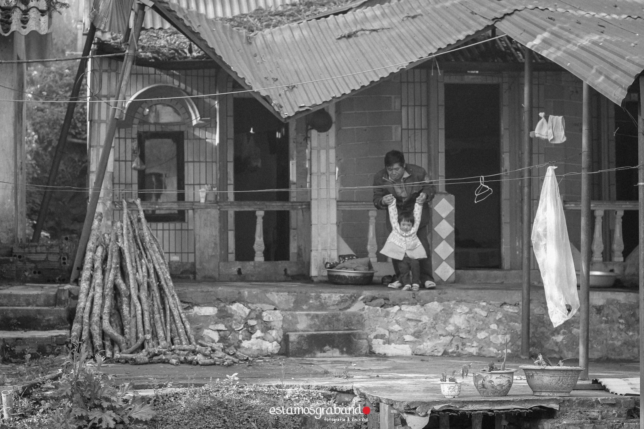 reportaje-vietnam_fotograficc81a-vietnam_estamosgrabando-vietnam_rutasvietnam_reportaje-retratos-fotos-vietnam_fotografia-vietnam_reportaje-estamosgrabando-fotograficc81a-vietnam-35 Pequeños grandes recuerdos de Vietnam en 100 imágenes - video boda cadiz