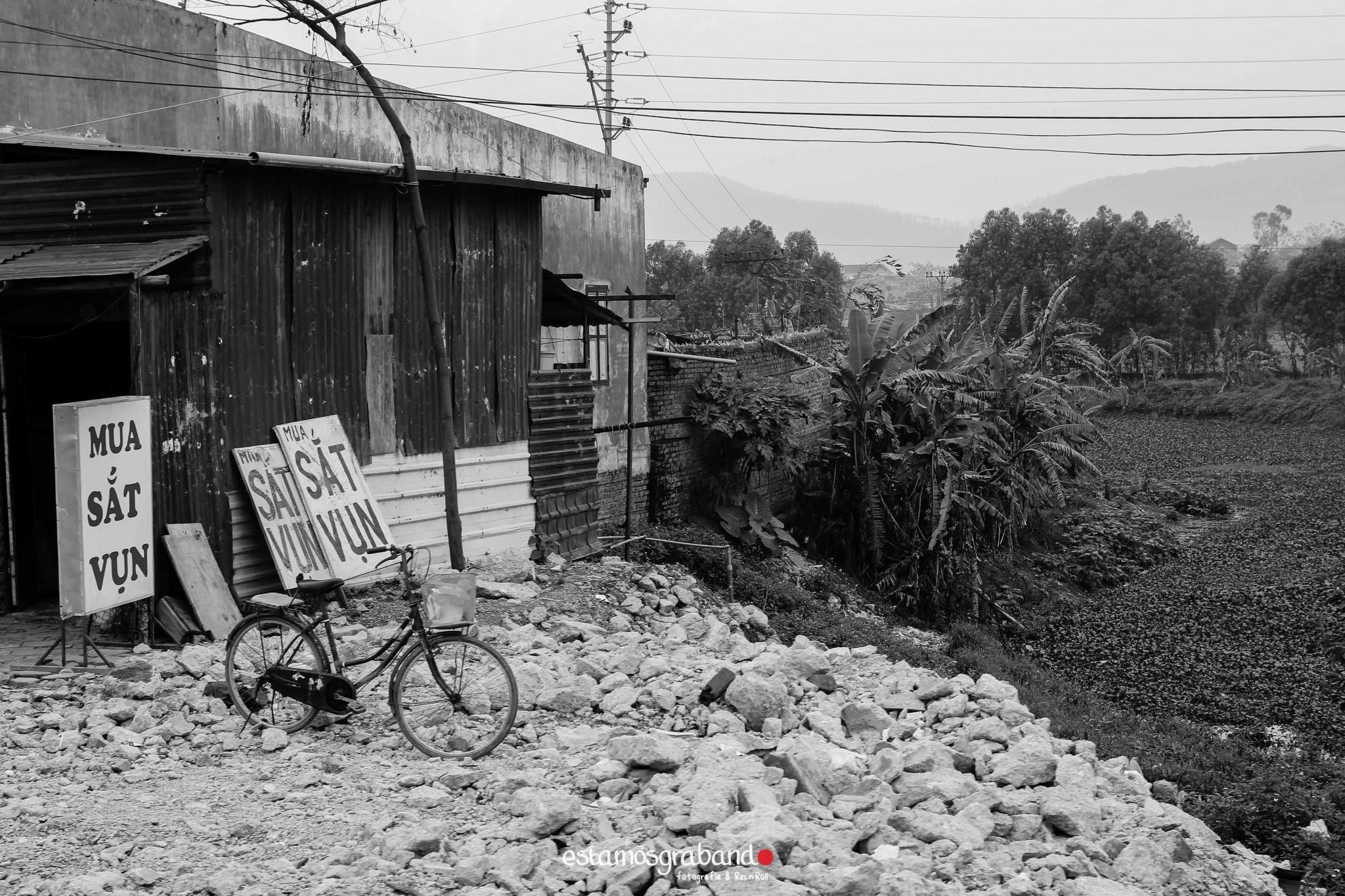 reportaje-vietnam_fotograficc81a-vietnam_estamosgrabando-vietnam_rutasvietnam_reportaje-retratos-fotos-vietnam_fotografia-vietnam_reportaje-estamosgrabando-fotograficc81a-vietnam-39 Pequeños grandes recuerdos de Vietnam en 100 imágenes - video boda cadiz
