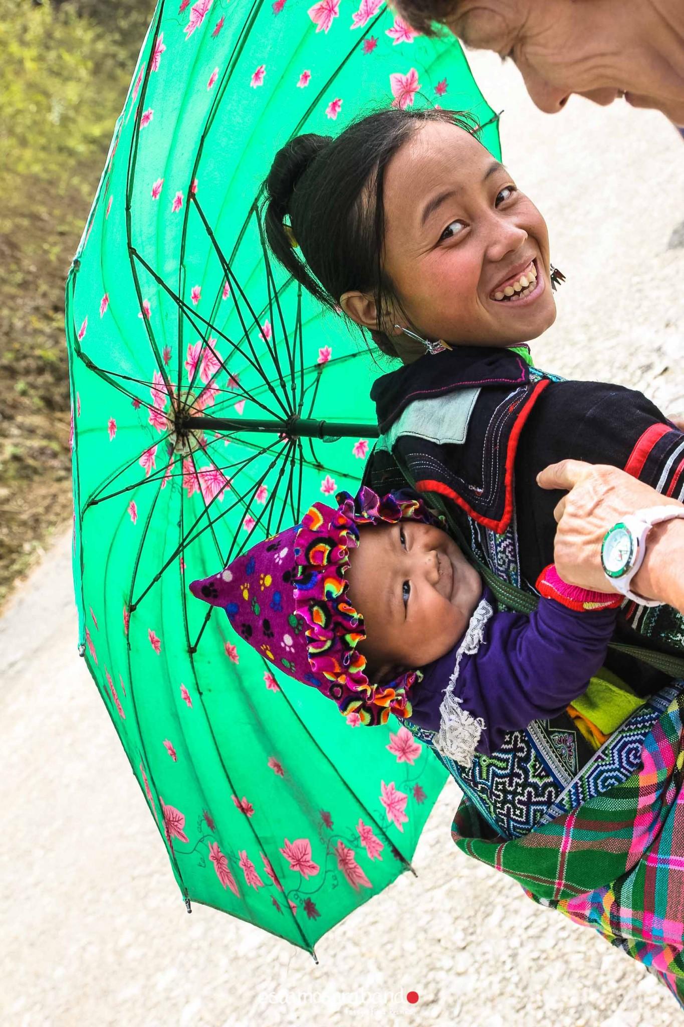 reportaje-vietnam_fotograficc81a-vietnam_estamosgrabando-vietnam_rutasvietnam_reportaje-retratos-fotos-vietnam_fotografia-vietnam_reportaje-estamosgrabando-fotograficc81a-vietnam-4 Pequeños grandes recuerdos de Vietnam en 100 imágenes - video boda cadiz