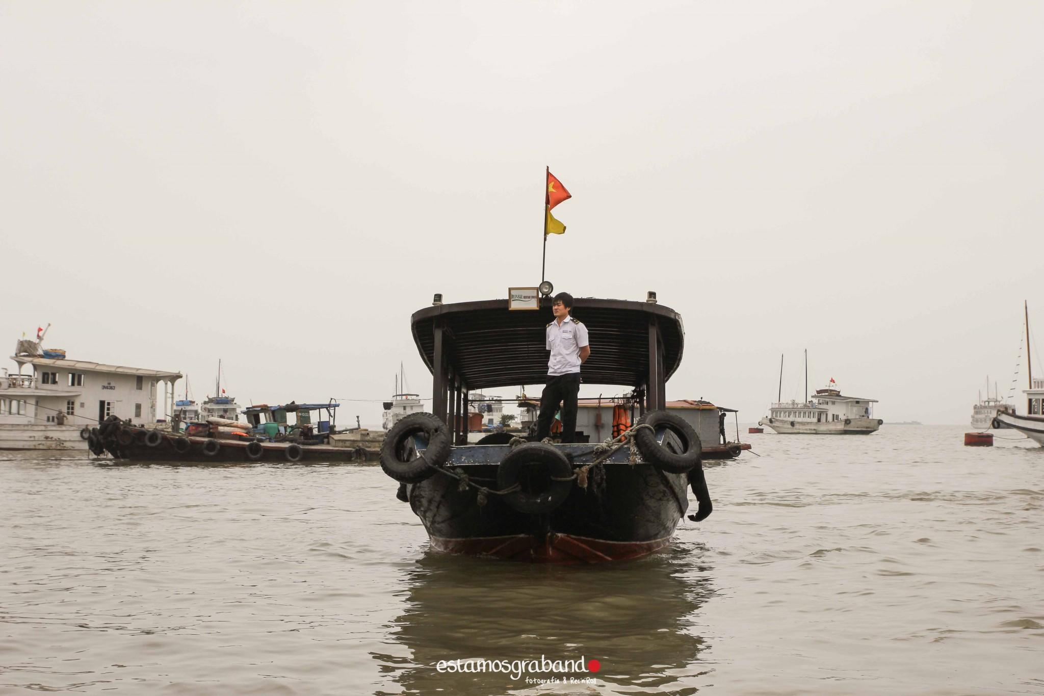 reportaje-vietnam_fotograficc81a-vietnam_estamosgrabando-vietnam_rutasvietnam_reportaje-retratos-fotos-vietnam_fotografia-vietnam_reportaje-estamosgrabando-fotograficc81a-vietnam-51 Pequeños grandes recuerdos de Vietnam en 100 imágenes - video boda cadiz