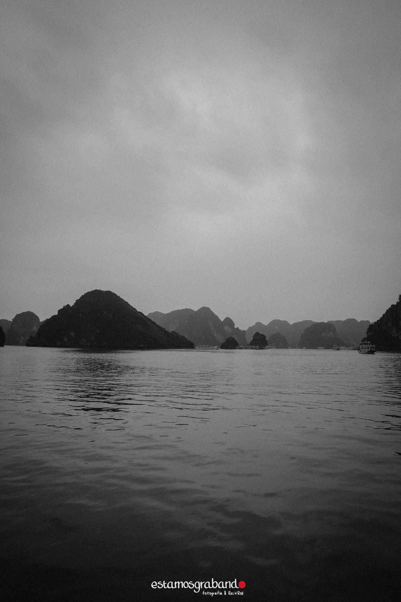 reportaje-vietnam_fotograficc81a-vietnam_estamosgrabando-vietnam_rutasvietnam_reportaje-retratos-fotos-vietnam_fotografia-vietnam_reportaje-estamosgrabando-fotograficc81a-vietnam-52 Pequeños grandes recuerdos de Vietnam en 100 imágenes - video boda cadiz