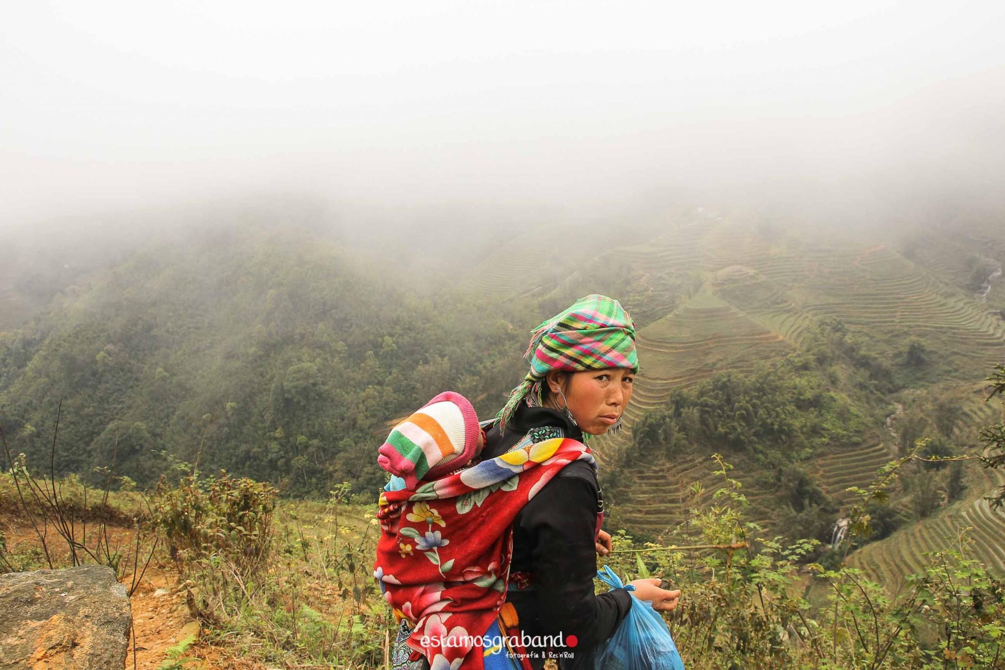 reportaje-vietnam_fotograficc81a-vietnam_estamosgrabando-vietnam_rutasvietnam_reportaje-retratos-fotos-vietnam_fotografia-vietnam_reportaje-estamosgrabando-fotograficc81a-vietnam-7 Pequeños grandes recuerdos de Vietnam en 100 imágenes - video boda cadiz