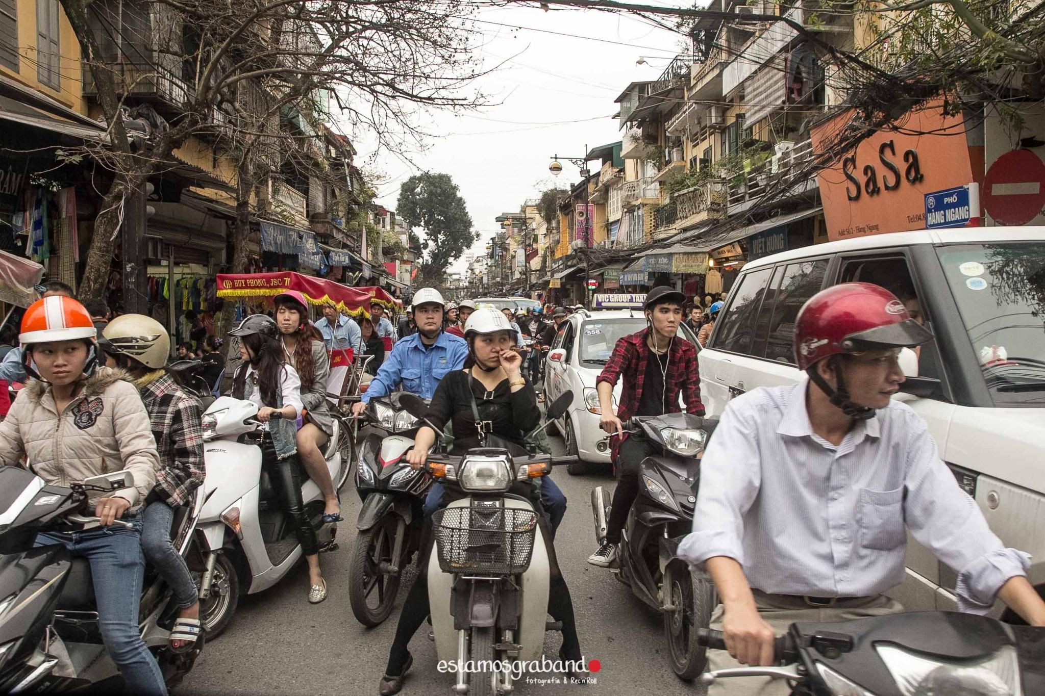 reportaje-vietnam_fotograficc81a-vietnam_estamosgrabando-vietnam_rutasvietnam_reportaje-retratos-fotos-vietnam_fotografia-vietnam_reportaje-estamosgrabando-fotograficc81a-vietnam-71 Pequeños grandes recuerdos de Vietnam en 100 imágenes - video boda cadiz