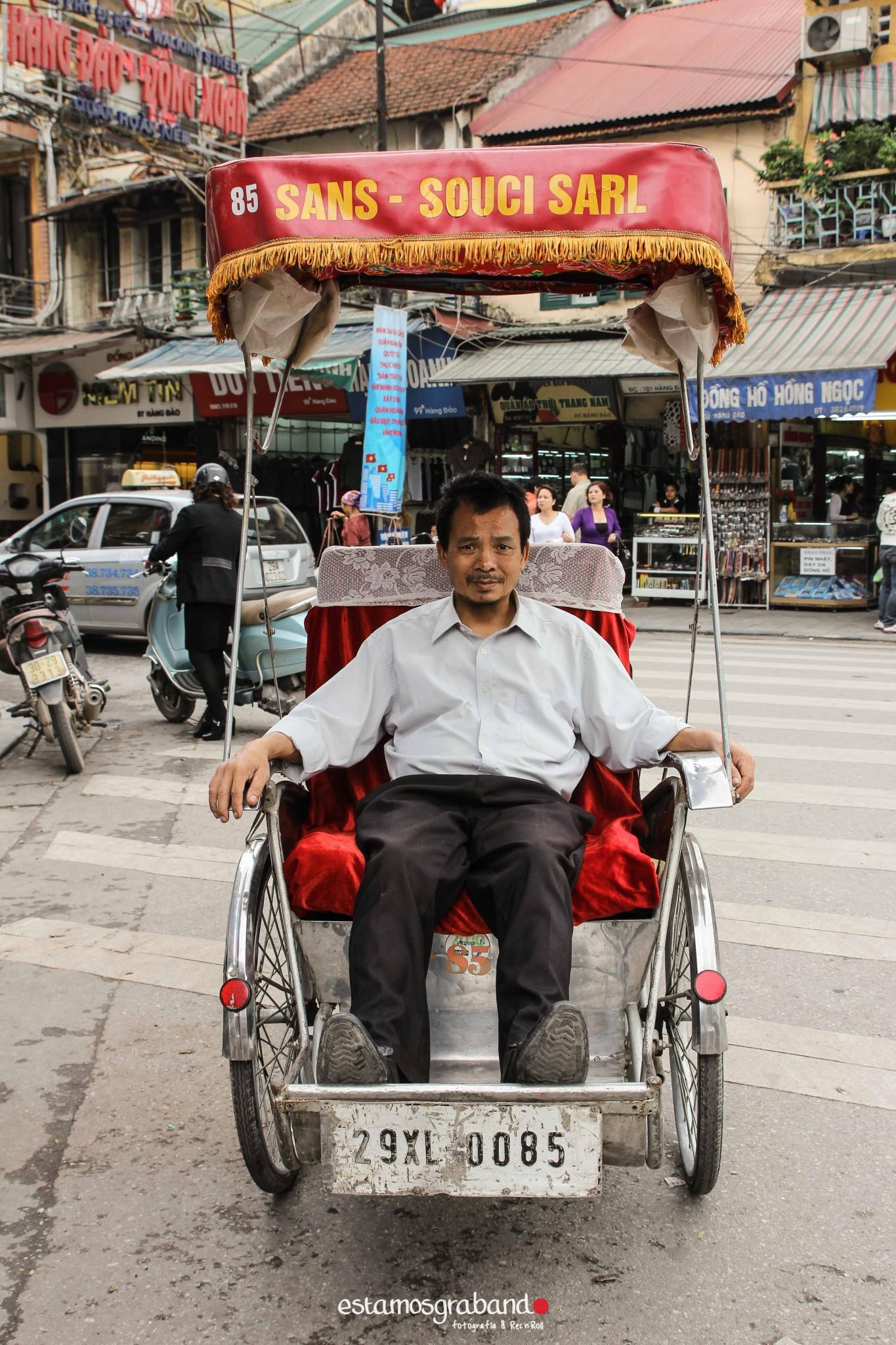 reportaje-vietnam_fotograficc81a-vietnam_estamosgrabando-vietnam_rutasvietnam_reportaje-retratos-fotos-vietnam_fotografia-vietnam_reportaje-estamosgrabando-fotograficc81a-vietnam-78 Pequeños grandes recuerdos de Vietnam en 100 imágenes - video boda cadiz