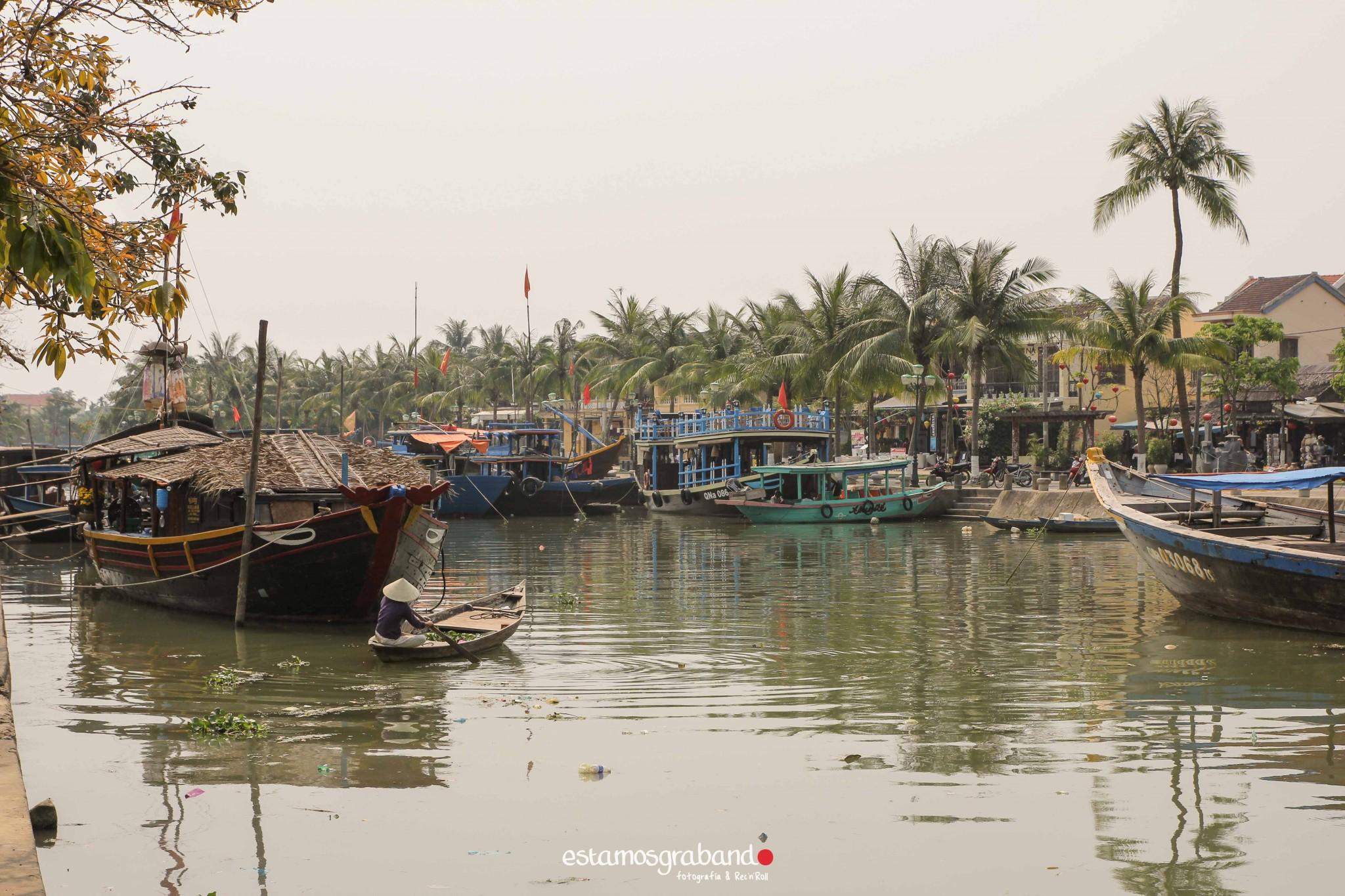 reportaje-vietnam_fotograficc81a-vietnam_estamosgrabando-vietnam_rutasvietnam_reportaje-retratos-fotos-vietnam_fotografia-vietnam_reportaje-estamosgrabando-fotograficc81a-vietnam-85 Pequeños grandes recuerdos de Vietnam en 100 imágenes - video boda cadiz