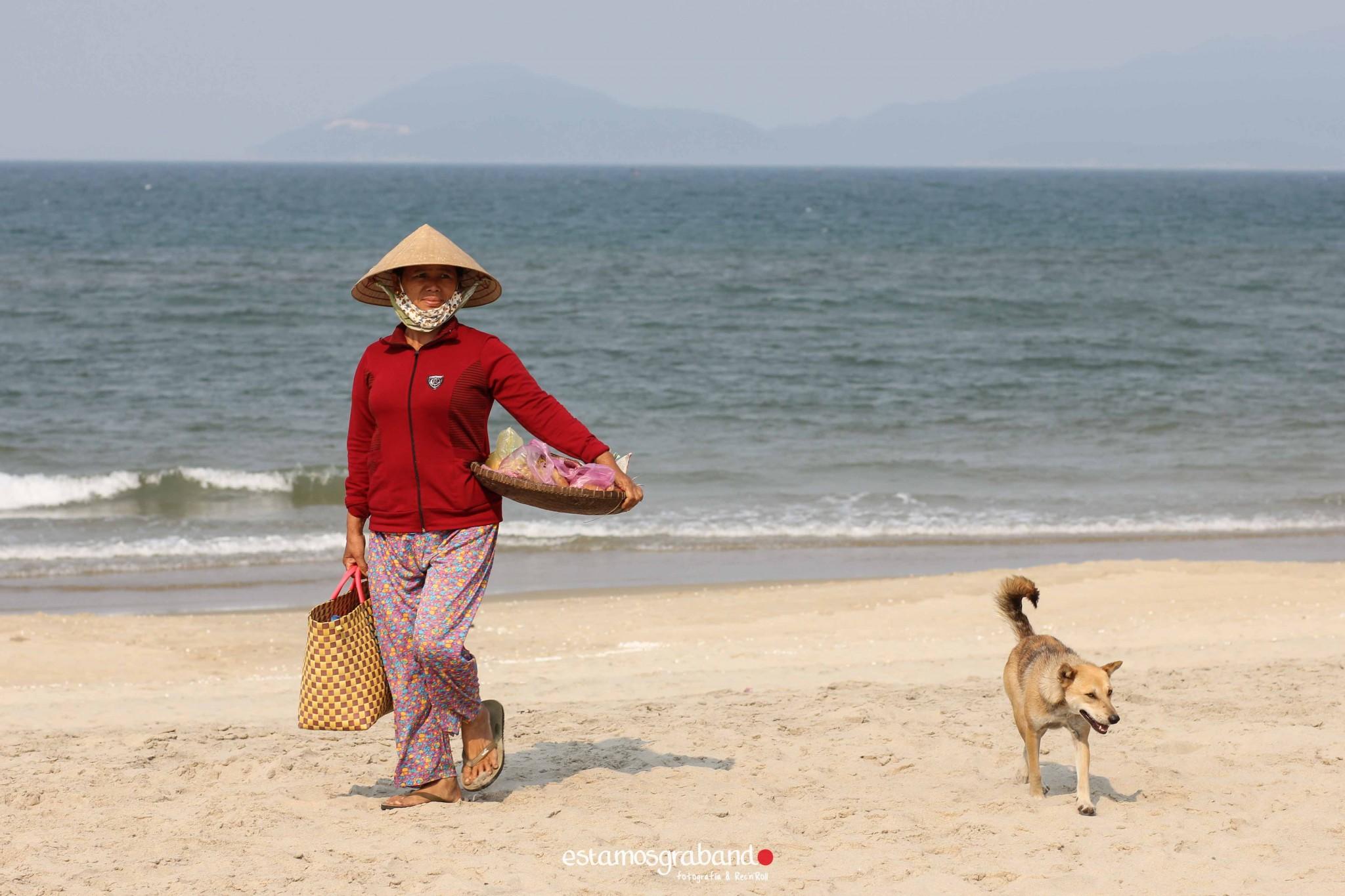 reportaje-vietnam_fotograficc81a-vietnam_estamosgrabando-vietnam_rutasvietnam_reportaje-retratos-fotos-vietnam_fotografia-vietnam_reportaje-estamosgrabando-fotograficc81a-vietnam-92 Pequeños grandes recuerdos de Vietnam en 100 imágenes - video boda cadiz