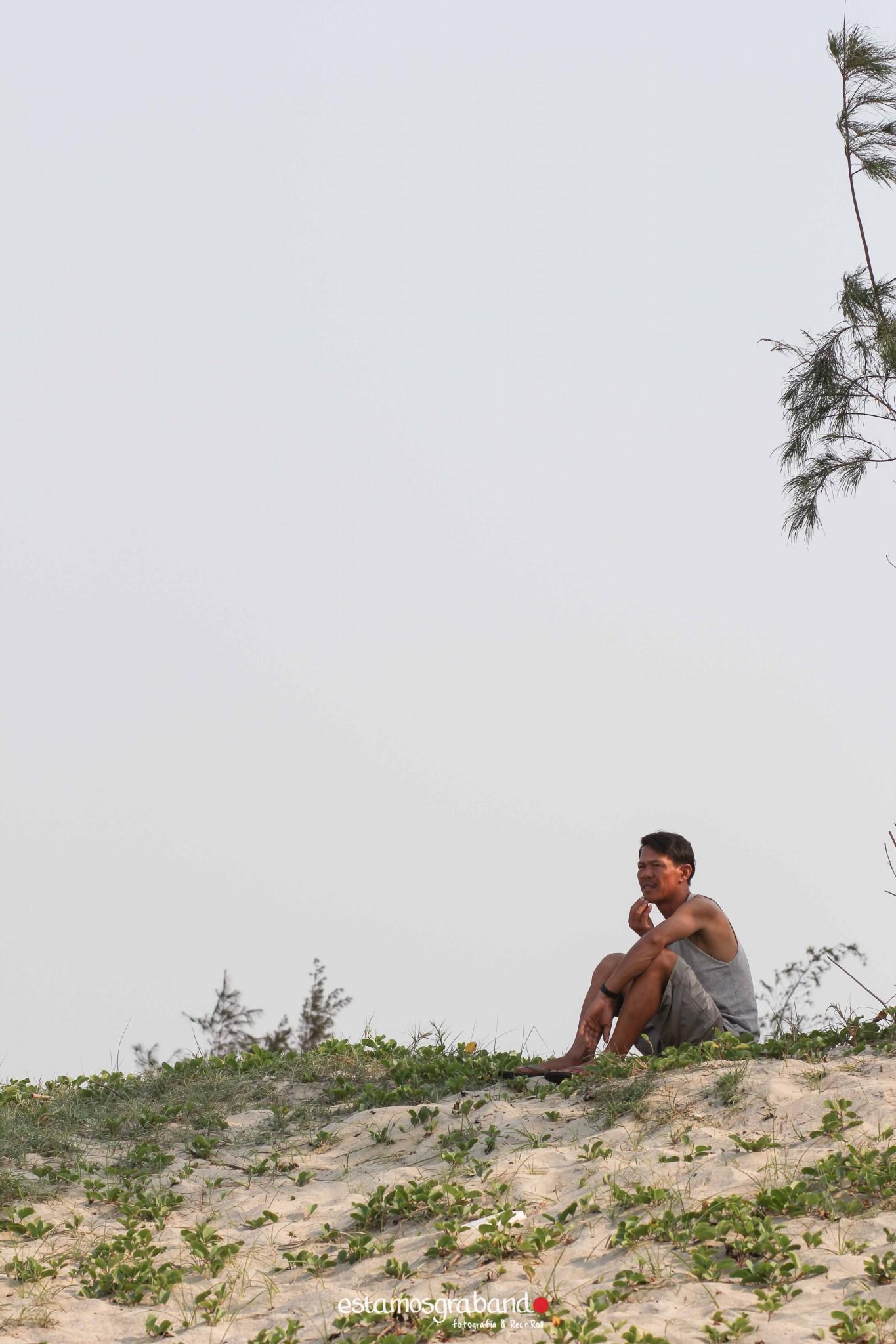 reportaje-vietnam_fotograficc81a-vietnam_estamosgrabando-vietnam_rutasvietnam_reportaje-retratos-fotos-vietnam_fotografia-vietnam_reportaje-estamosgrabando-fotograficc81a-vietnam-93 Pequeños grandes recuerdos de Vietnam en 100 imágenes - video boda cadiz