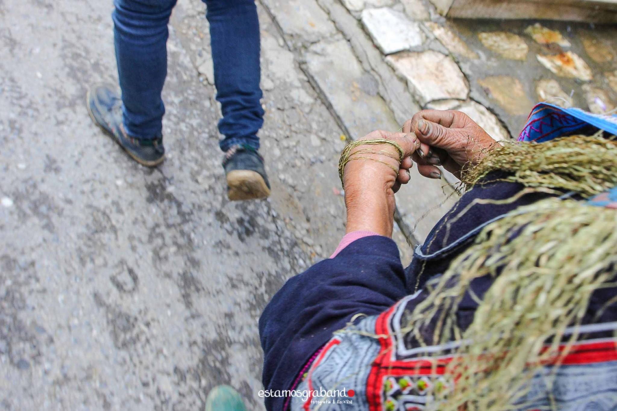 reportaje-vietnam_fotograficc81a-vietnam_estamosgrabando-vietnam_rutasvietnam_reportaje-retratos-fotos-vietnam_fotografia-vietnam_reportaje-estamosgrabando-fotograficc81a-vietnam Pequeños grandes recuerdos de Vietnam en 100 imágenes - video boda cadiz