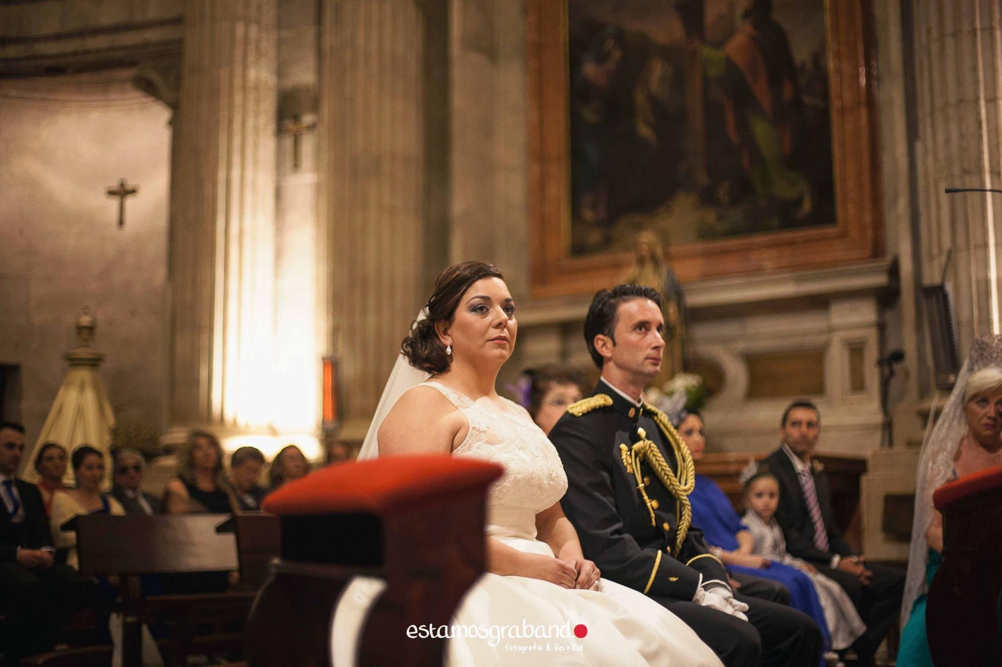 amparo-agustin_fotografia-boda_boda-jaen_jaen-fotografia-bodas_reportaje-boda_reportaje-boda-jaen_fotos-boda_fotos-jaen-15 ¡Alto ahi! [Boda Amparo & Agustín_Fotografía de bodas en Jaén] - video boda cadiz