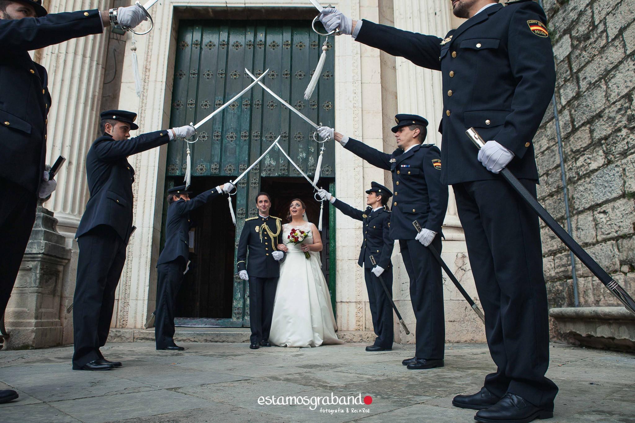 amparo-agustin_fotografia-boda_boda-jaen_jaen-fotografia-bodas_reportaje-boda_reportaje-boda-jaen_fotos-boda_fotos-jaen-25 ¡Alto ahi! [Boda Amparo & Agustín_Fotografía de bodas en Jaén] - video boda cadiz