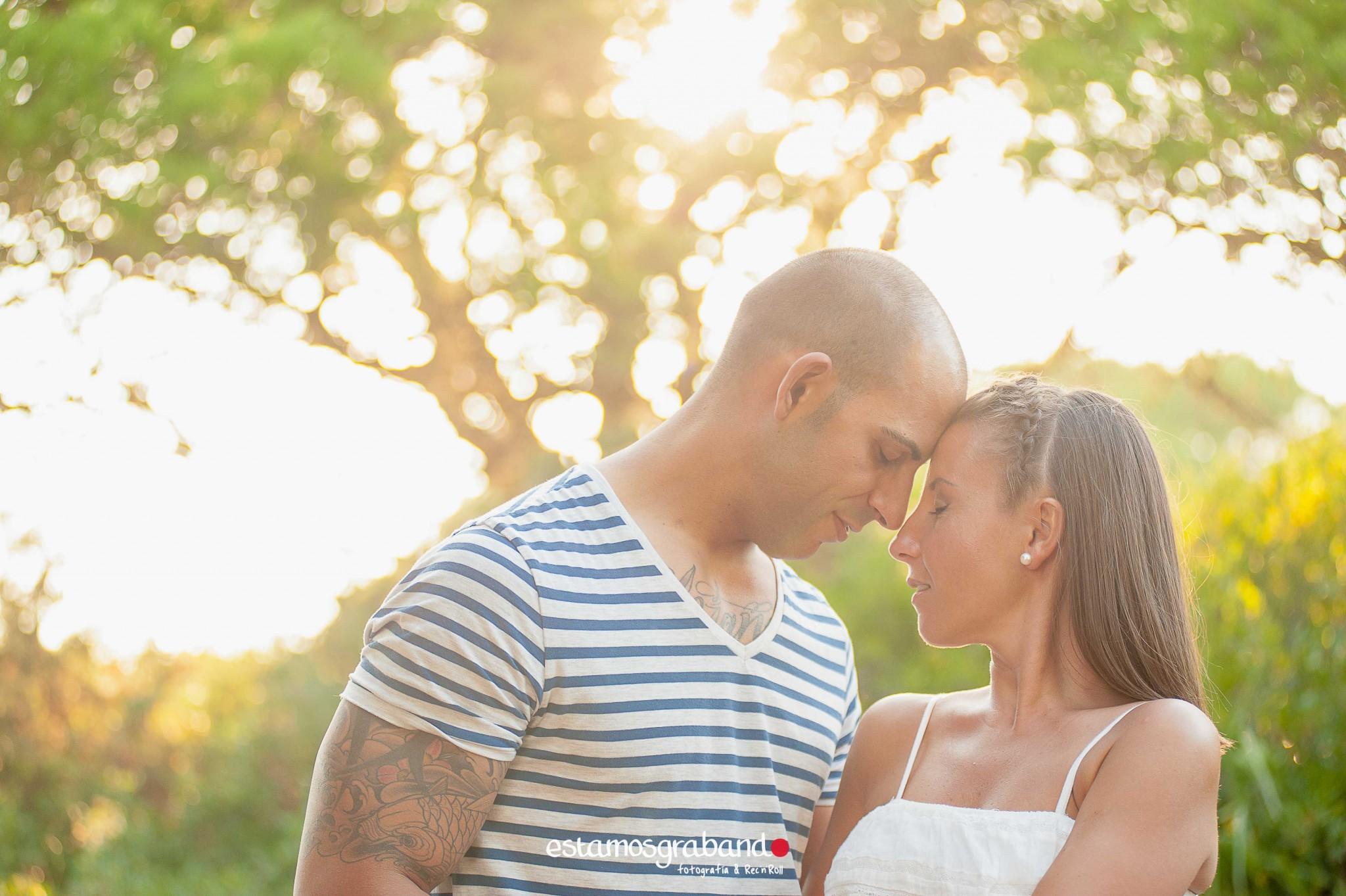 pareja-misteriosa_estamosgrabando-10 Sancti Petri y sus luces [Preboda Raquel & Ale] - video boda cadiz