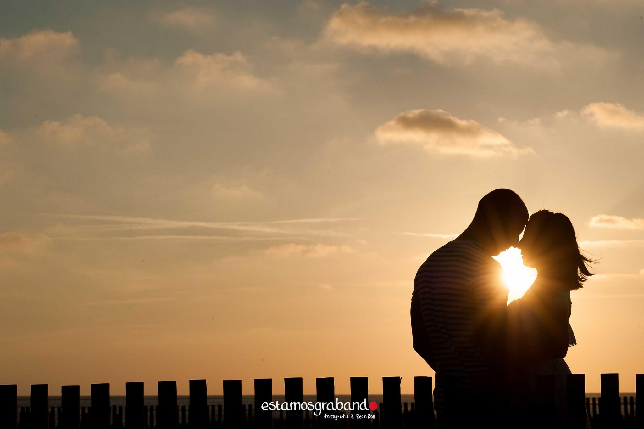 pareja-misteriosa_estamosgrabando-211 Sancti Petri y sus luces [Preboda Raquel & Ale] - video boda cadiz