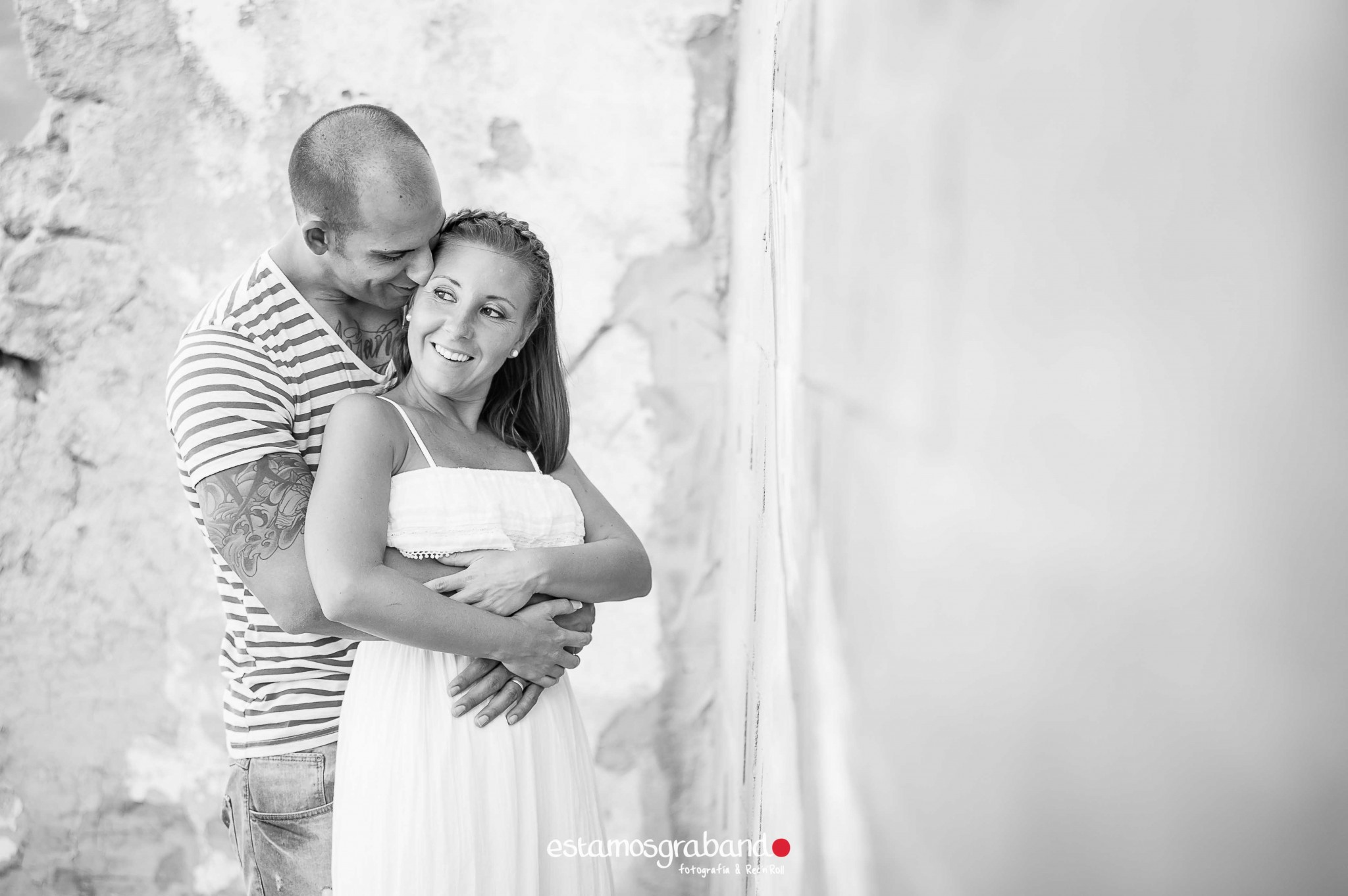 pareja-misteriosa_estamosgrabando-4 Sancti Petri y sus luces [Preboda Raquel & Ale] - video boda cadiz