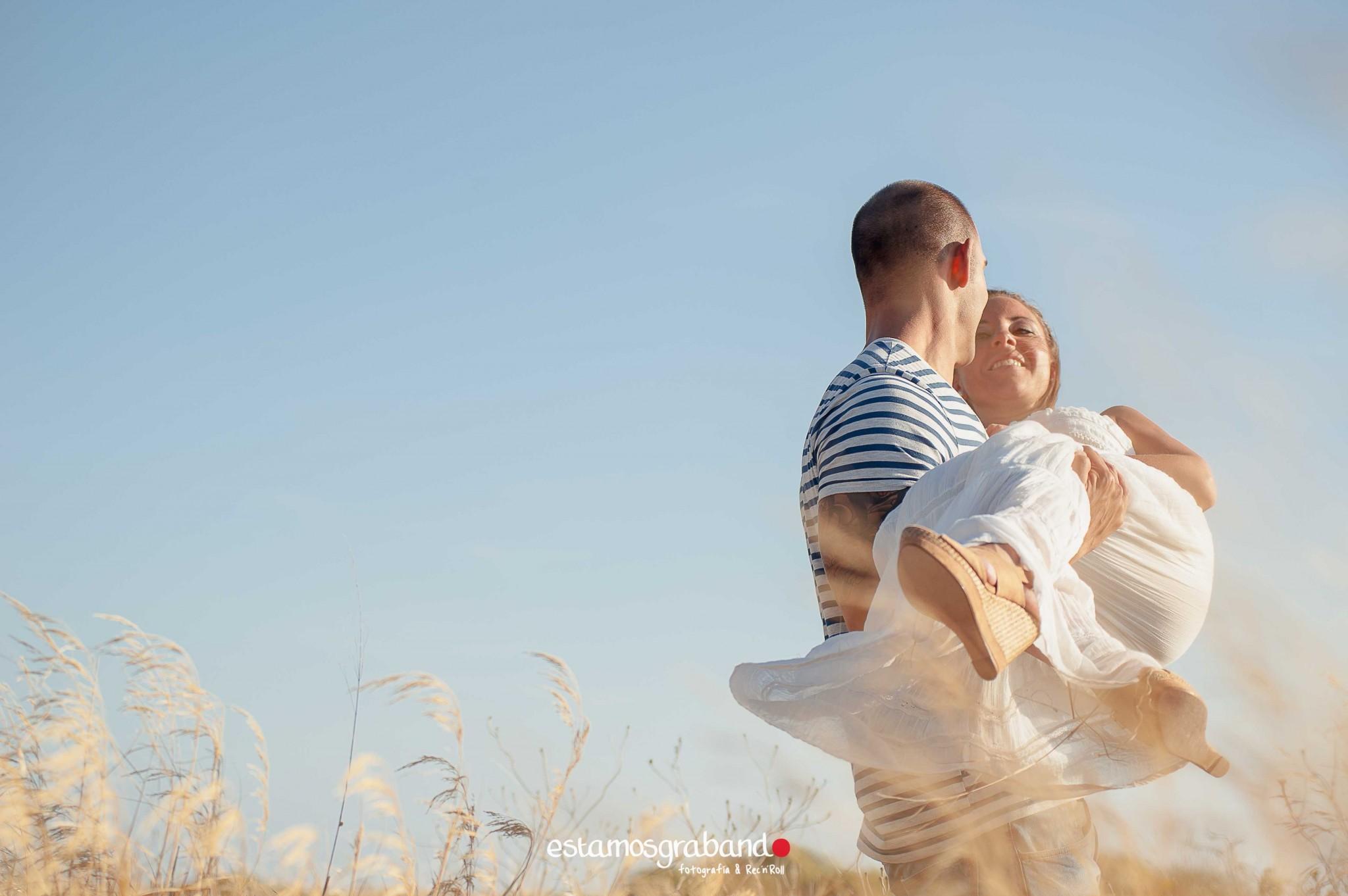 pareja-misteriosa_estamosgrabando-7 Sancti Petri y sus luces [Preboda Raquel & Ale] - video boda cadiz