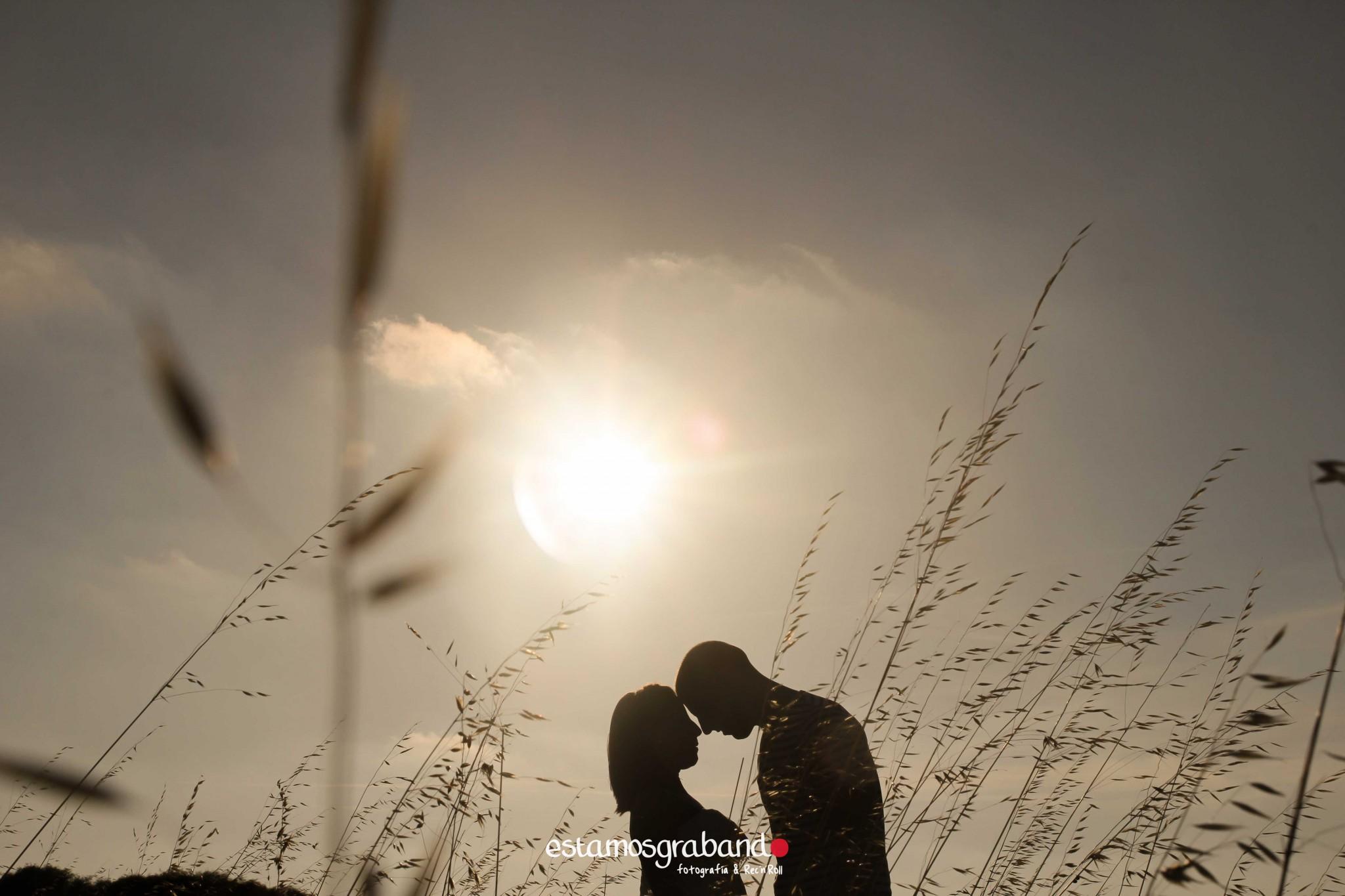 pareja-misteriosa_estamosgrabando-8 Sancti Petri y sus luces [Preboda Raquel & Ale] - video boda cadiz