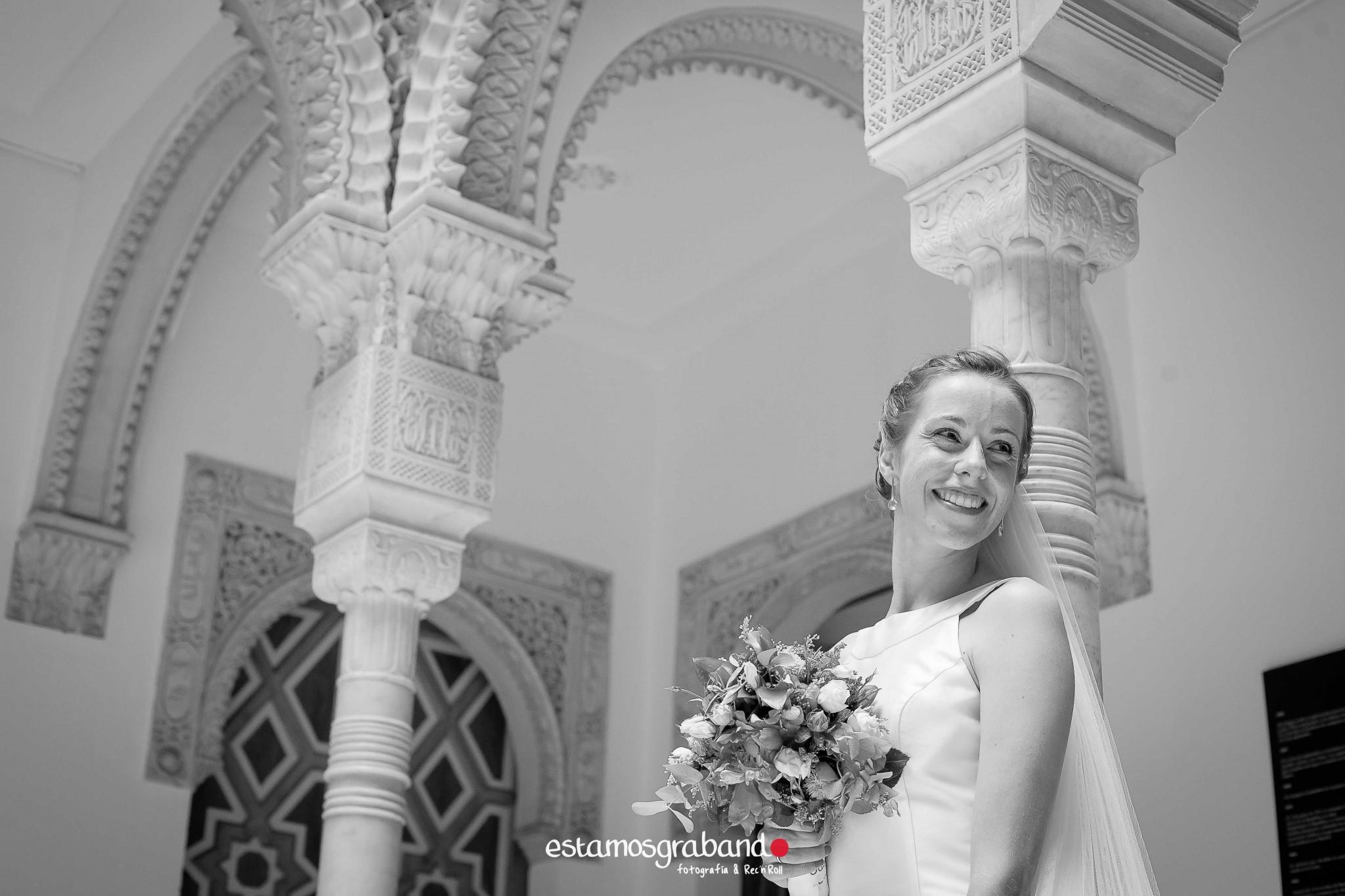 fotografo-de-bodas-jerez_mari-paz-jaime_bodegas-tradiciocc81n-33 32 escalones [Fotografía de bodas Jerez_Mari Paz & Jaime] - video boda cadiz