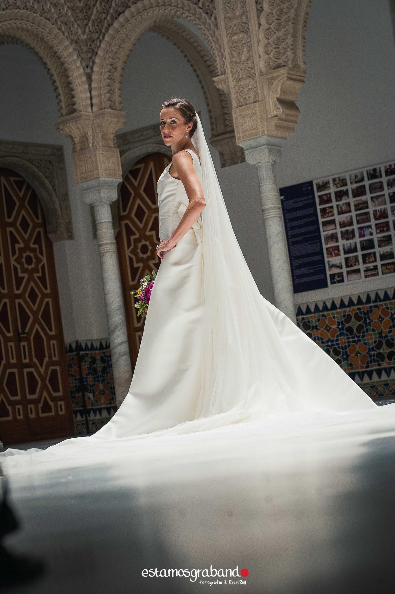 fotografo-de-bodas-jerez_mari-paz-jaime_bodegas-tradiciocc81n-35 32 escalones [Fotografía de bodas Jerez_Mari Paz & Jaime] - video boda cadiz