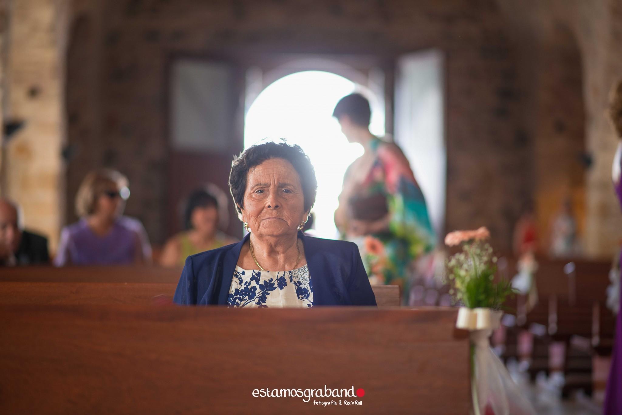 boda-en-chiclana_sonia-y-diego_fotograficc81a-de-boda-31 Zahara Sonia + Diego [Fotografía de Boda en Zahara] - video boda cadiz