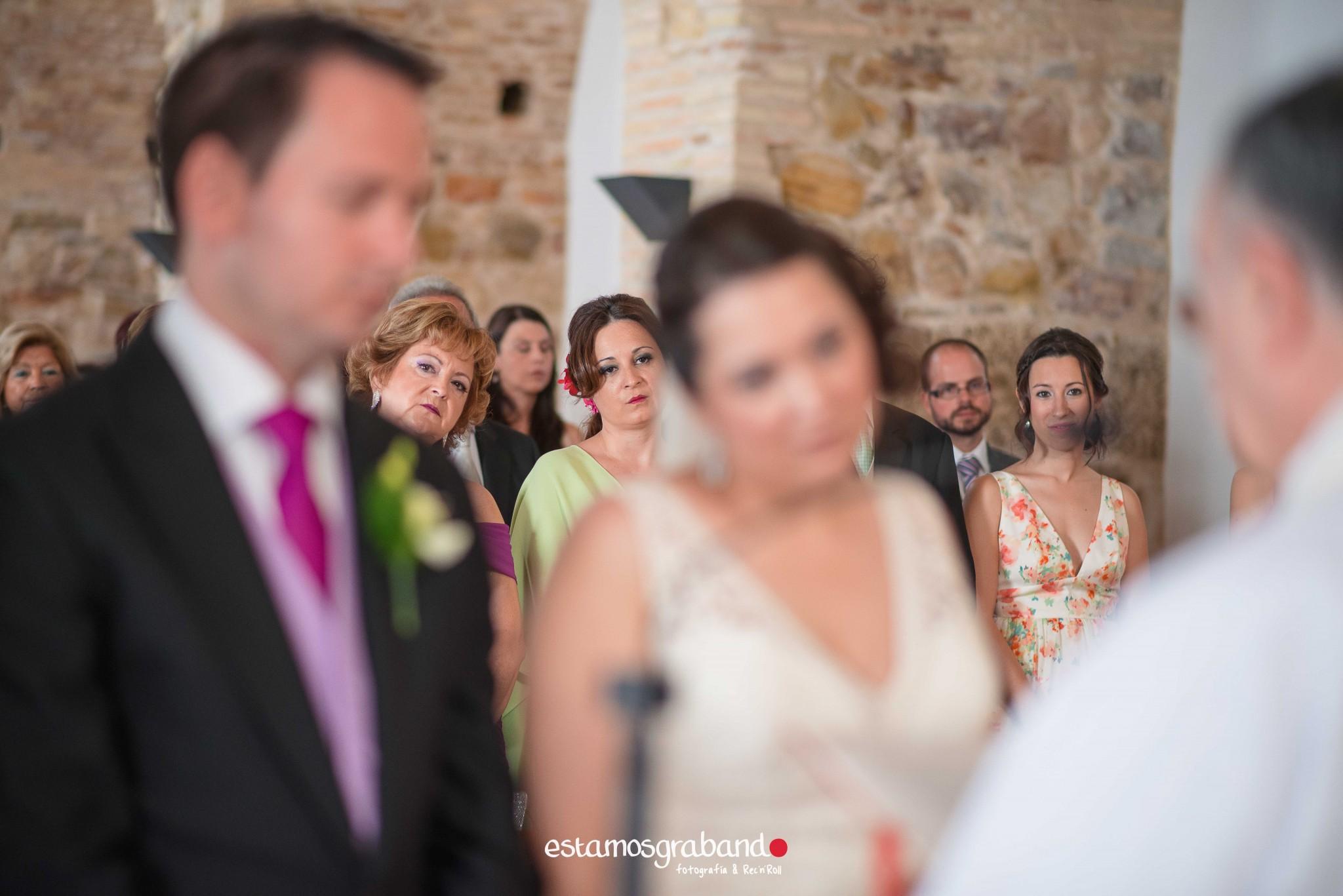 boda-en-chiclana_sonia-y-diego_fotograficc81a-de-boda-45 Zahara Sonia + Diego [Fotografía de Boda en Zahara] - video boda cadiz