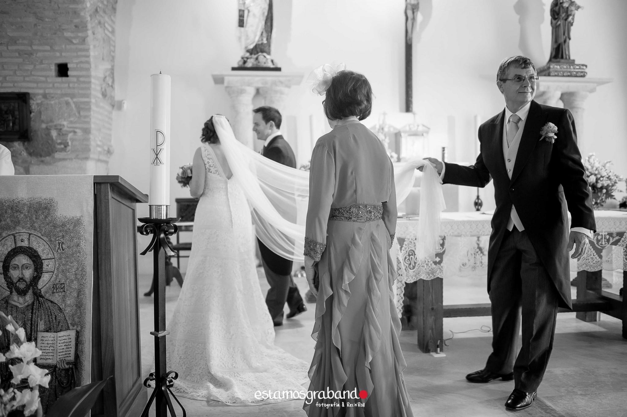 boda-en-chiclana_sonia-y-diego_fotograficc81a-de-boda-47 Zahara Sonia + Diego [Fotografía de Boda en Zahara] - video boda cadiz