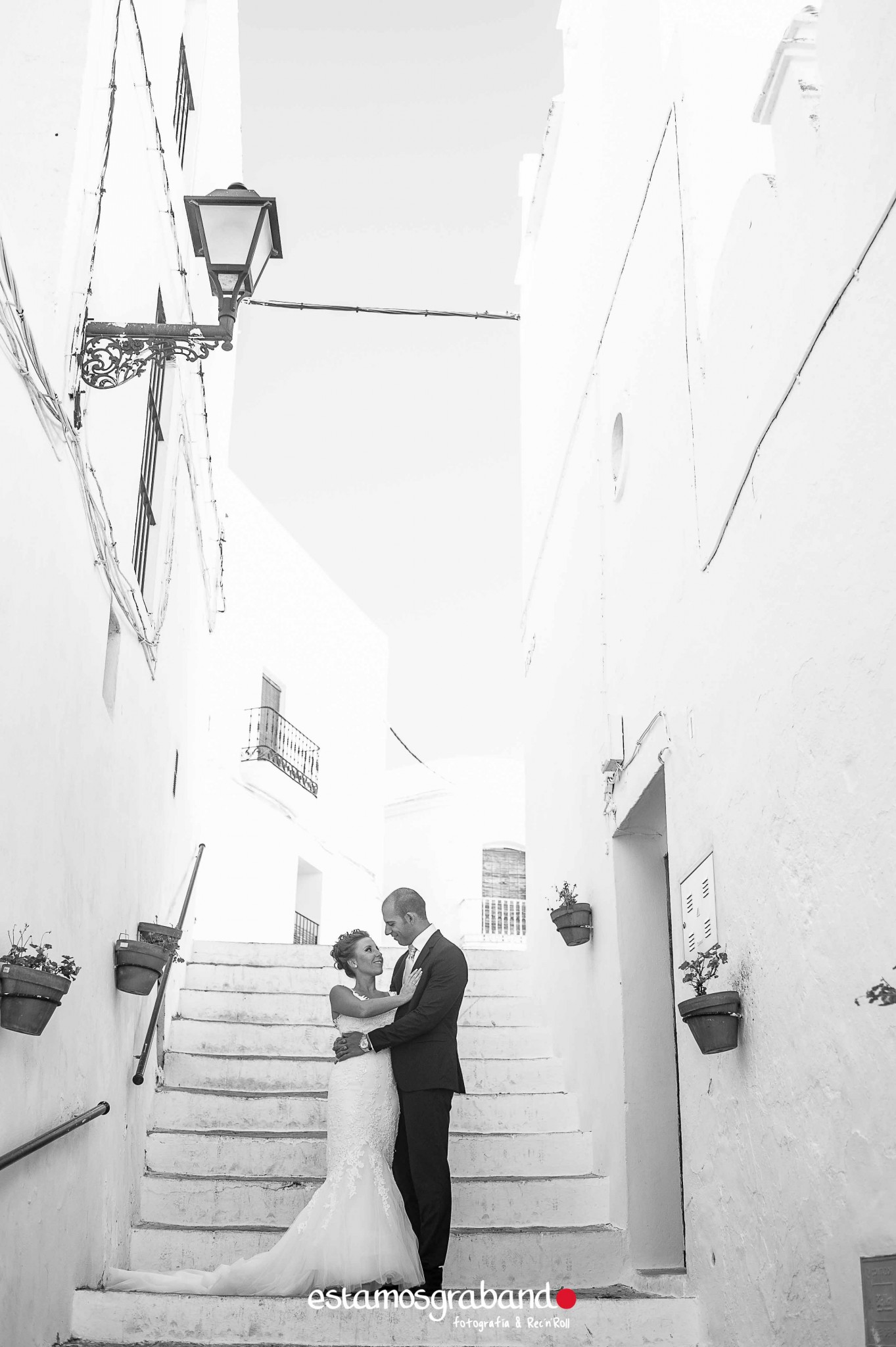 raquel-y-ale_postboda-vejer-13-de-25 Raquel & Ale [Fotografía Postboda en Vejer de la Frontera] - video boda cadiz