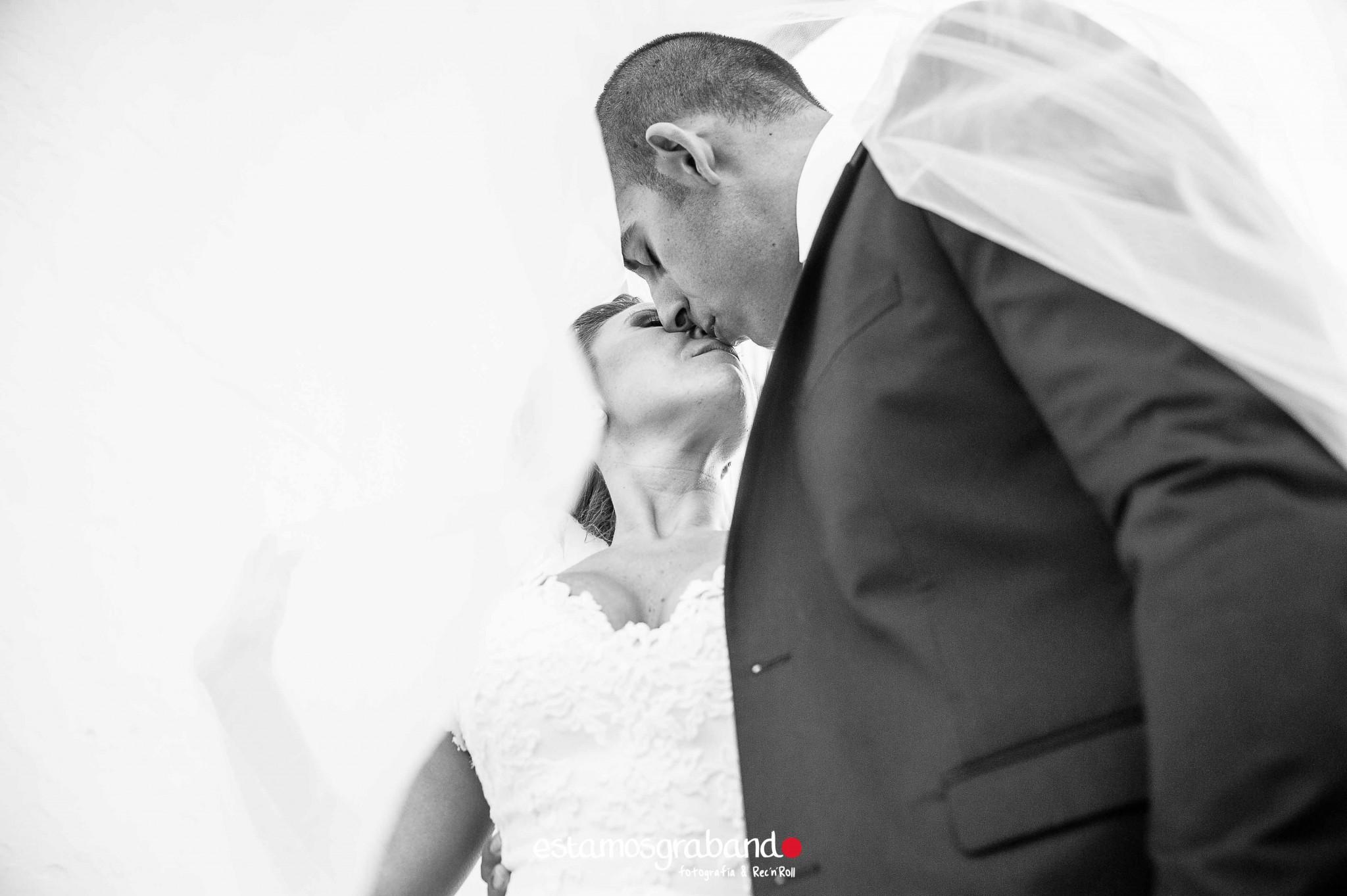 raquel-y-ale_postboda-vejer-14-de-25 Raquel & Ale [Fotografía Postboda en Vejer de la Frontera] - video boda cadiz