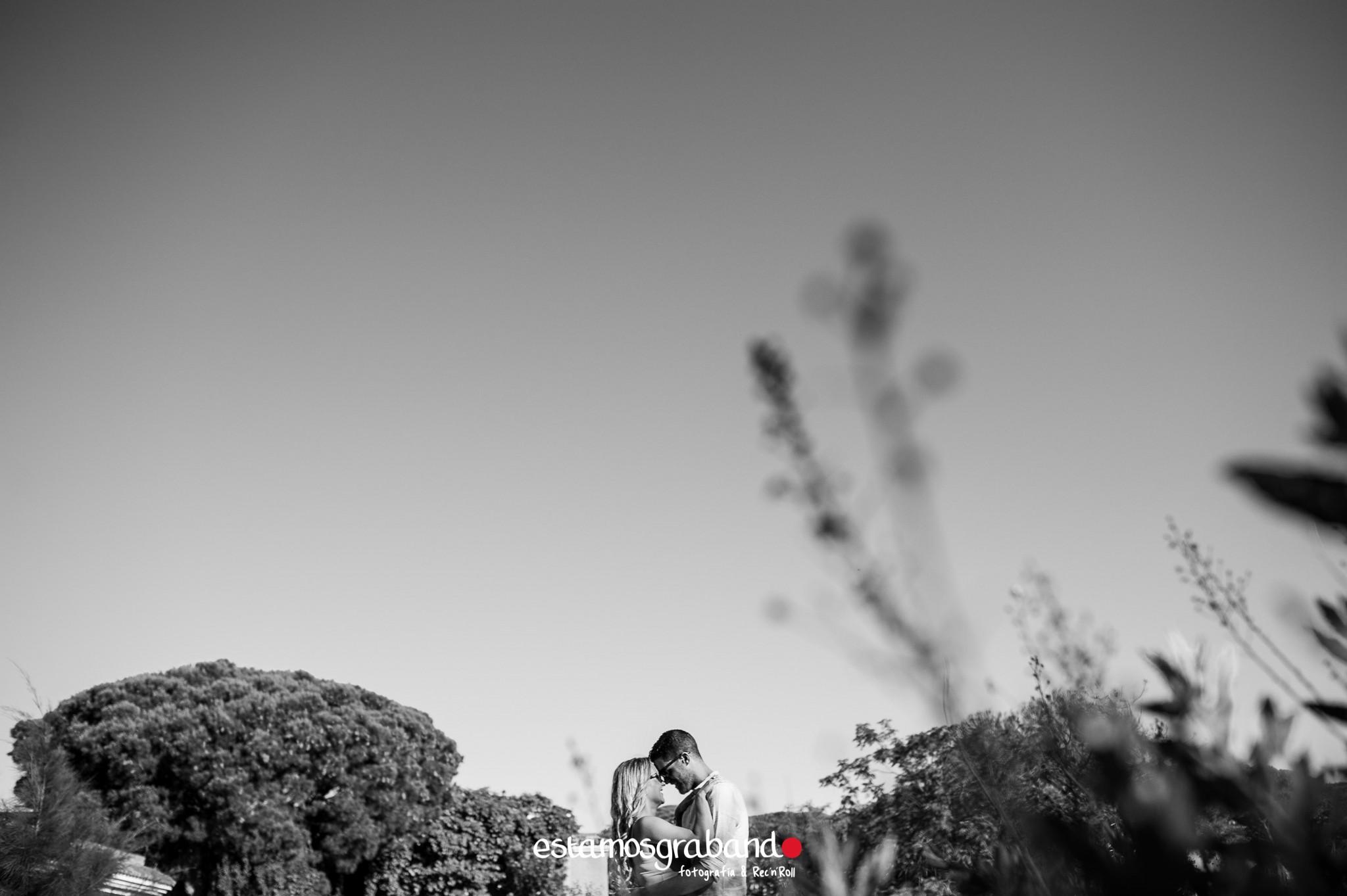 vicky-y-juanpi-4-de-20 Vicky & Juan Pablo [Fotografía Preboda_Puerto de Santa María] - video boda cadiz