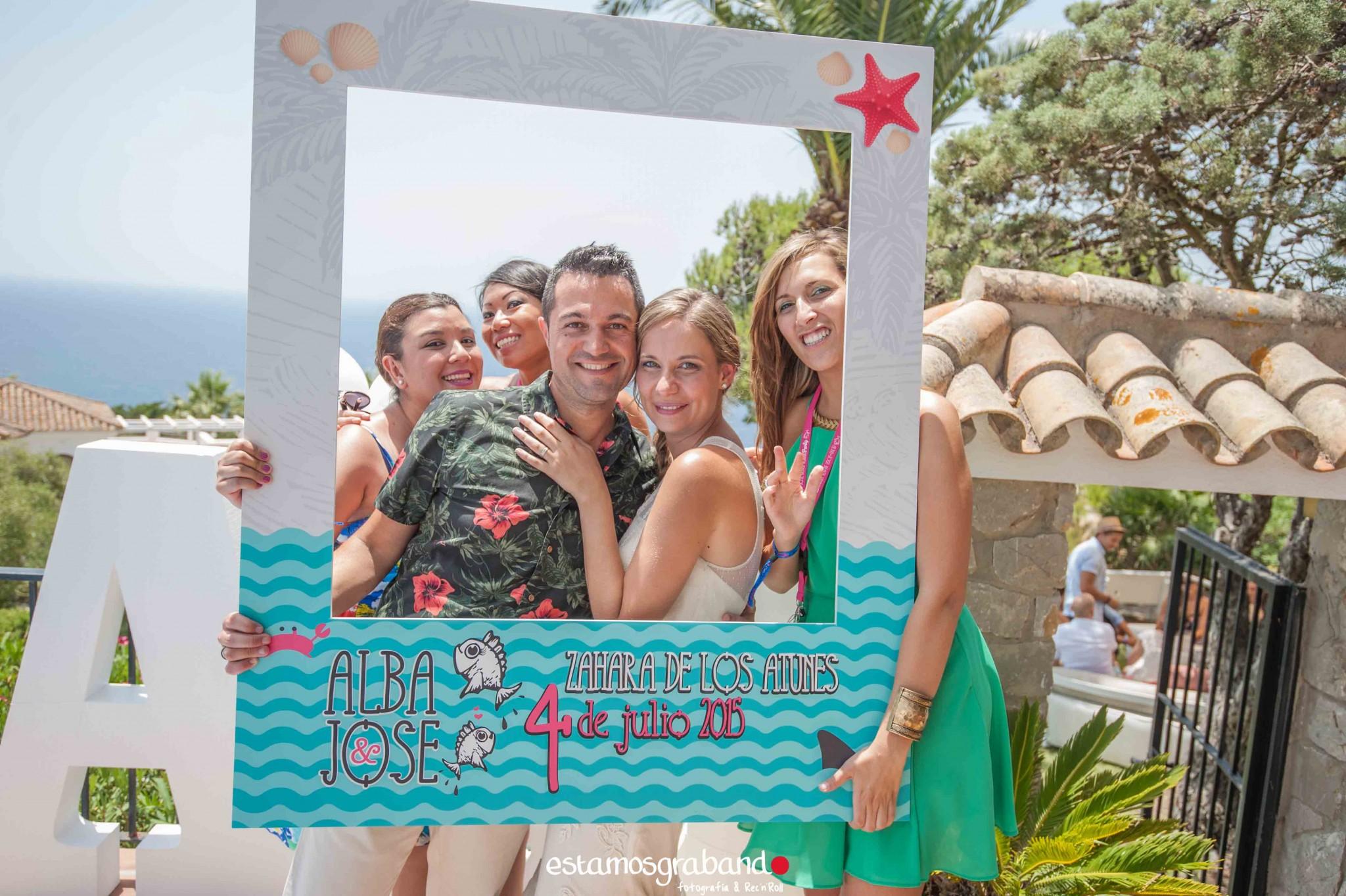 Alba-y-Jose-BTTW-11 Los invitados de Alba & Jose [Back to the wedding_Atlanterra, Zahara de los Atunes] - video boda cadiz