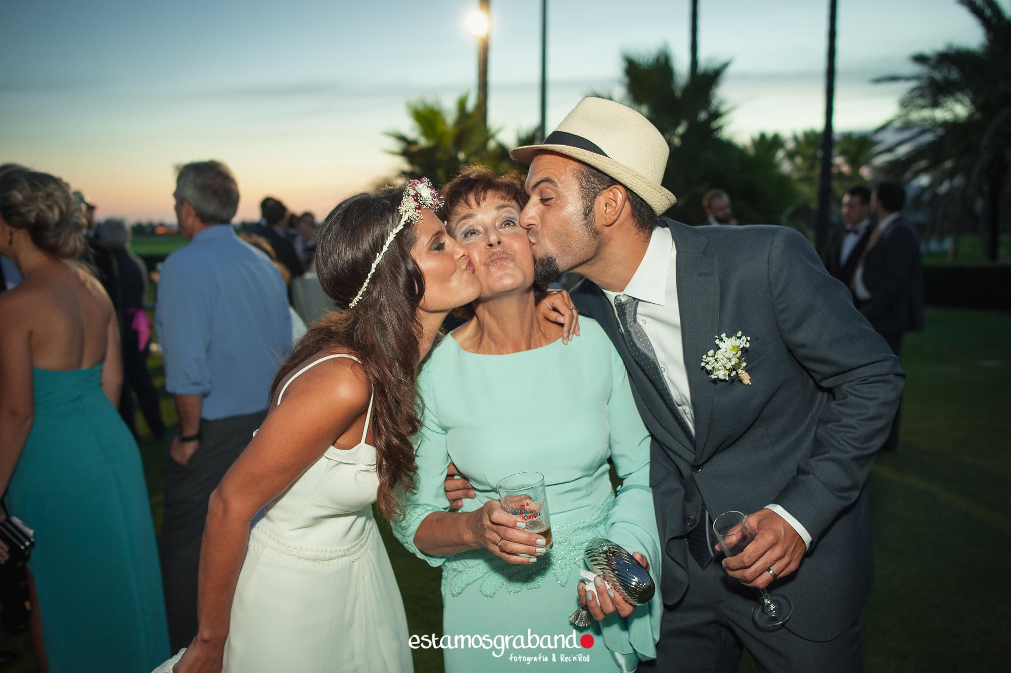 LARA-Y-MIGUE-BACK-TO-DE-THE-WEDDING-16-3 Los invitados de Lara & Migue [Back to the wedding_Club de Golf Costa Ballena] - video boda cadiz