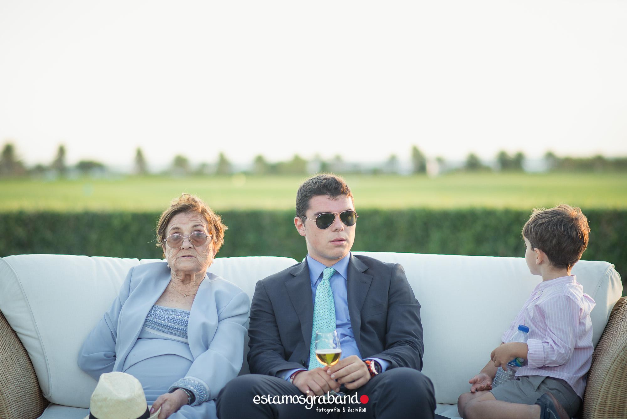 LARA-Y-MIGUE-BACK-TO-DE-THE-WEDDING-18 Los invitados de Lara & Migue [Back to the wedding_Club de Golf Costa Ballena] - video boda cadiz