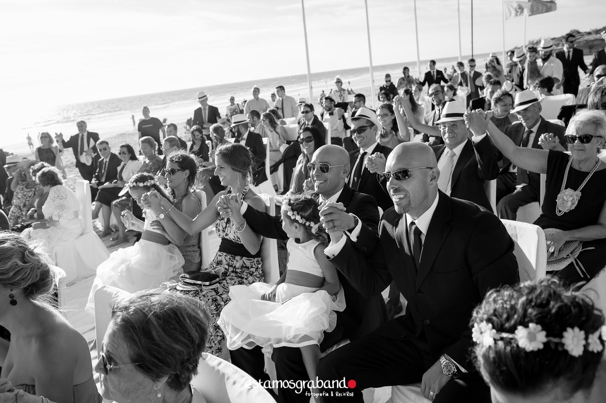 LARA-Y-MIGUE-BACK-TO-DE-THE-WEDDING-2-3 Los invitados de Lara & Migue [Back to the wedding_Club de Golf Costa Ballena] - video boda cadiz
