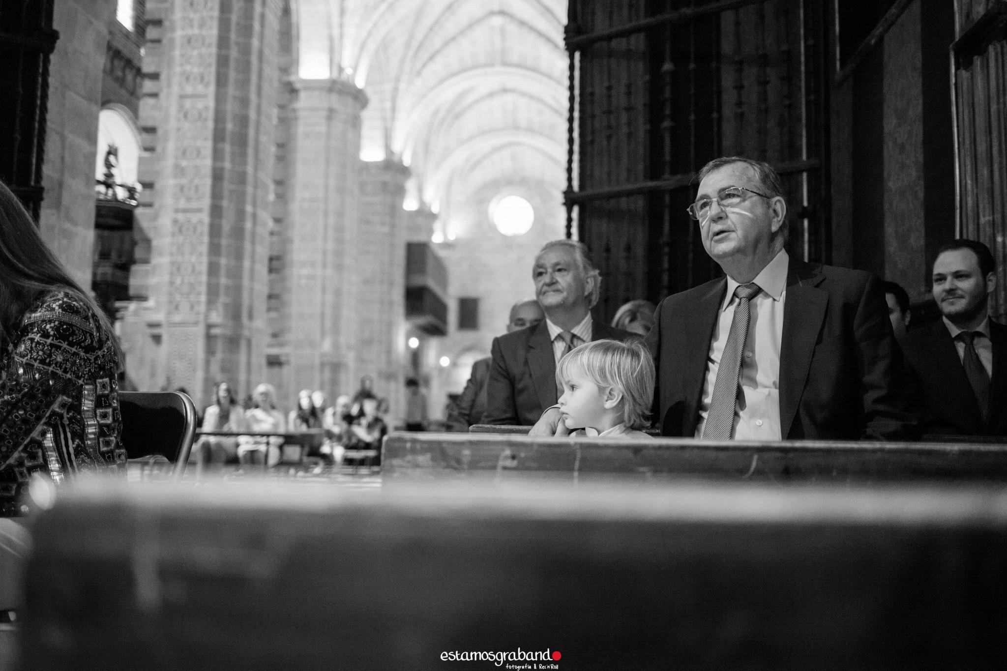 LUCAS-2-2-de-2 Bautizo Lucas [Iglesia Prioral, El Puerto de Santa María] - video boda cadiz