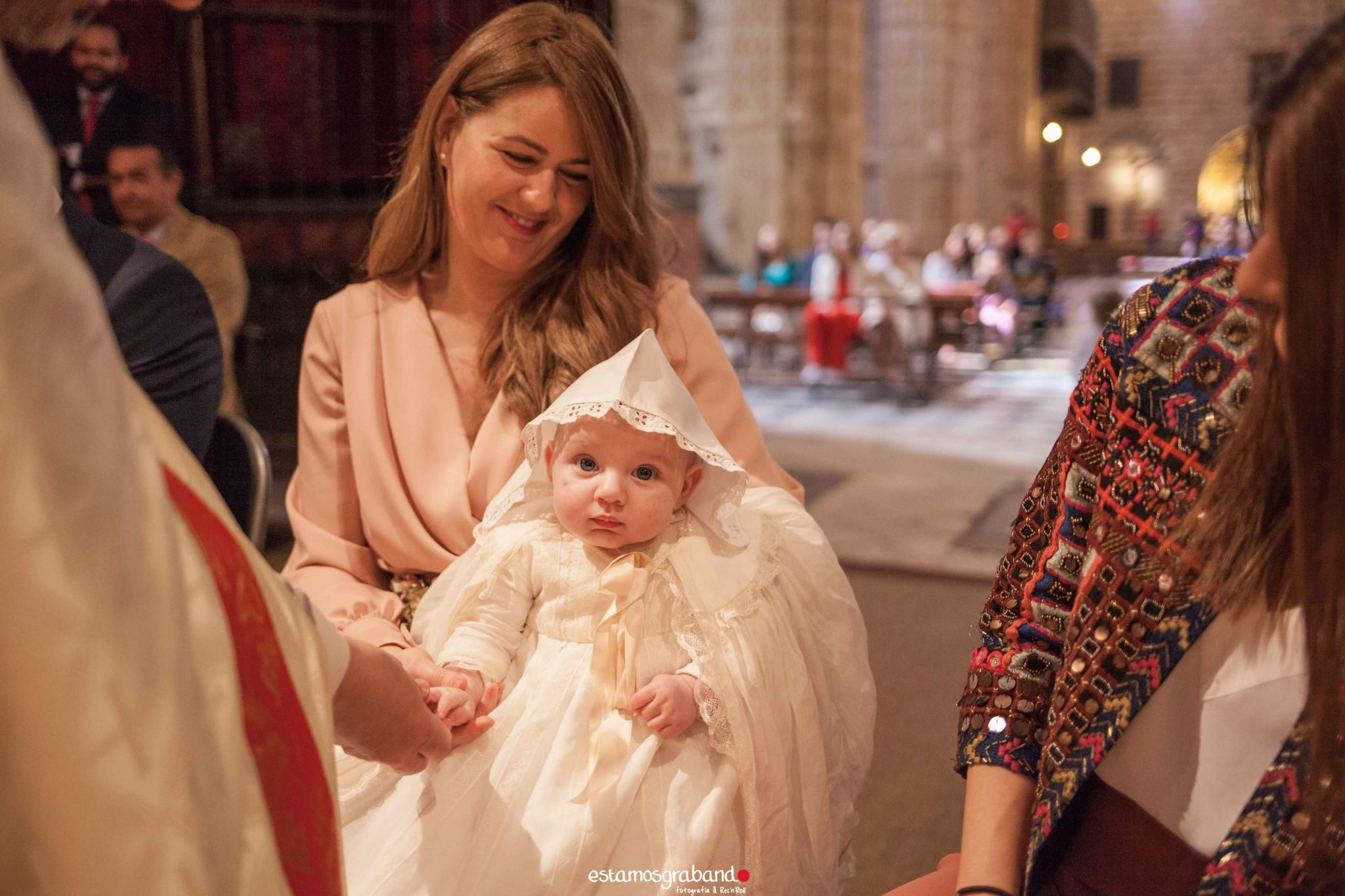 LUCAS-8-de-14 Bautizo Lucas [Iglesia Prioral, El Puerto de Santa María] - video boda cadiz
