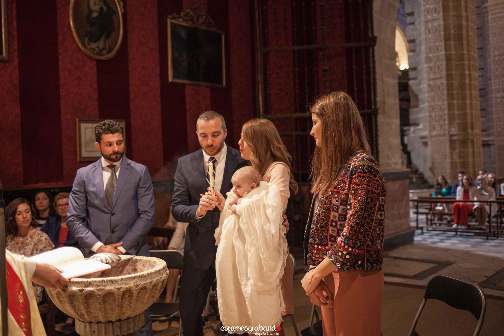 LUCAS-9-de-14 Bautizo Lucas [Iglesia Prioral, El Puerto de Santa María] - video boda cadiz