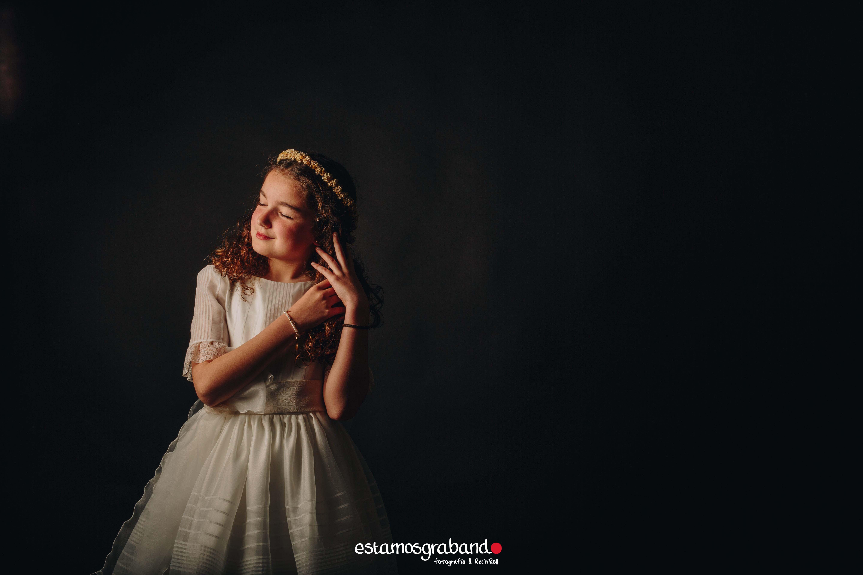 Adriana-6 La pequeña Adriana_Sesión de Comunión (Estudio) - video boda cadiz
