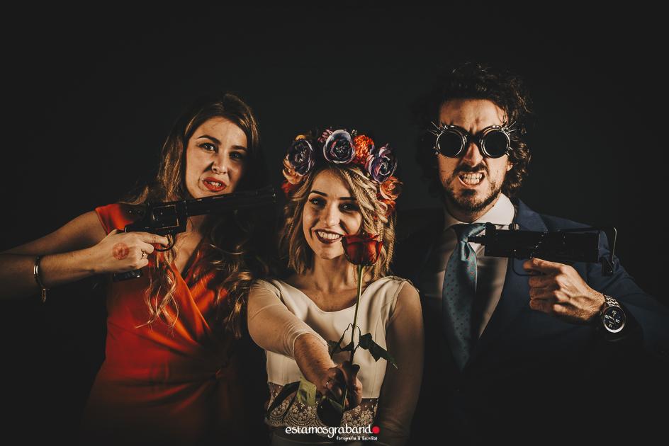 fotocall_revolutio_web-40 Fotocall Revolutio - Aurora y Salva - video boda cadiz