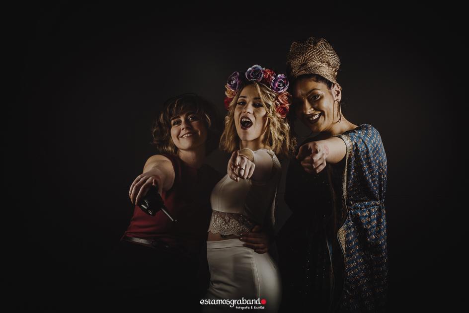 fotocall_revolutio_web-6 Fotocall Revolutio - Aurora y Salva - video boda cadiz